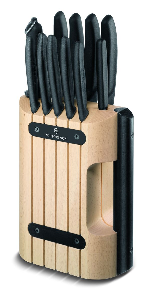 """Ножи для дома серии """"SwissClassic"""" поистине достойны своего названия, они стали неотъемлемой частью серии """"Victorinox"""". Благодаря эргономичным противоскользящим рукоятям ножи удобно держать в руках, их можно мыть впосудомоечных машинах. Серия """"SwissClassic"""" богата выбором форм лезвий и режущих кромок, который обеспечит вас подходящим инструментом для всех видов работ по приготовлению пищи: резки, рубки, нарезки в формекубиков, очистки и декоративной нарезки форм. В наличии имеются цветные рукояти, которые сделают ярче любую кухню. Серия """"SwissClassic"""" - это залог успешного решения всех домашних задач у вас на кухне.Набор из 10-ти кухонных ножей VICTORINOX: картофелечистка, нож для стейка, ножи для овощей, нож для томатов, нож разделочный, нож разделочный, нож Santoku, нож для хлеба и мусата. Благодаря компактной подставке изнатурального бука (размер 364x180x93 мм) ножи можно удобно и безопасно хранить на кухонном столе. Наличие ручки делает переноску подставки более удобной. Нож кухонный для чистки овощей Victorinox. Маленький нож для чистки овощей с двусторонним лезвием позволяет работать как правой, так и левой рукам. Может использоваться для чистки картофеля, моркови, яблок и других овощей и фруктов. Размеры ножа: 158x20x12 мм.Нож кухонный для стейка, 11 см, Victorinox. Маленький нож с серрейторной заточкой лезвия и заостренным кончиком легко разрезает даже самые толстые и сочные куски мяса и птицы. Размеры ножа: 233x25x12 мм. Нож кухонный для овощей, 8 см, Victorinox. Маленький нож с серрейторной заточкой для очистки овощей и фруктов, шпиговки мяса, нарезки чеснока и свежей зелени, фигурной резки теста и для других работ, требующих точной резки. Размеры ножа: 187х20х11 мм. Нож кухонный для овощей, 8 см, Victorinox. Маленький лёгкий нож для очистки овощей и фруктов, шпиговки мяса, нарезки чеснока и свежей зелени, фигурной резки теста и для других работ, требующих точной резки. Размеры ножа: 188х20х11 мм. Нож кухонный для овощей, 10 см, Victorinox. Маленький нож д"""