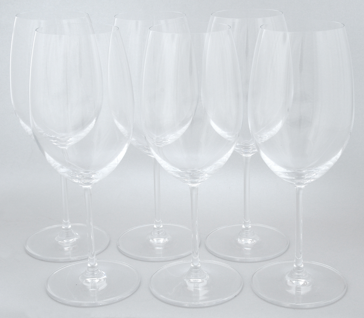 Набор бокалов Pasabahce Vintage, 600 мл, 6 шт66125NНабор Pasabahce Vintage состоит из шести бокалов, выполненных из прочного натрий-кальций-силикатного стекла. Изделия оснащены высокими ножками. Бокалы предназначены для подачи вина. Они сочетают в себе элегантный дизайн и функциональность. Благодаря такому набору пить напитки будет еще вкуснее. Набор бокалов Pasabahce Vintage прекрасно оформит праздничный стол и создаст приятную атмосферу за романтическим ужином. Такой набор также станет хорошим подарком к любому случаю.Можно мыть в посудомоечной машине и использовать в холодильнике. Диаметр бокала по верхнему краю: 6,8 см.Высота бокала: 24 см.