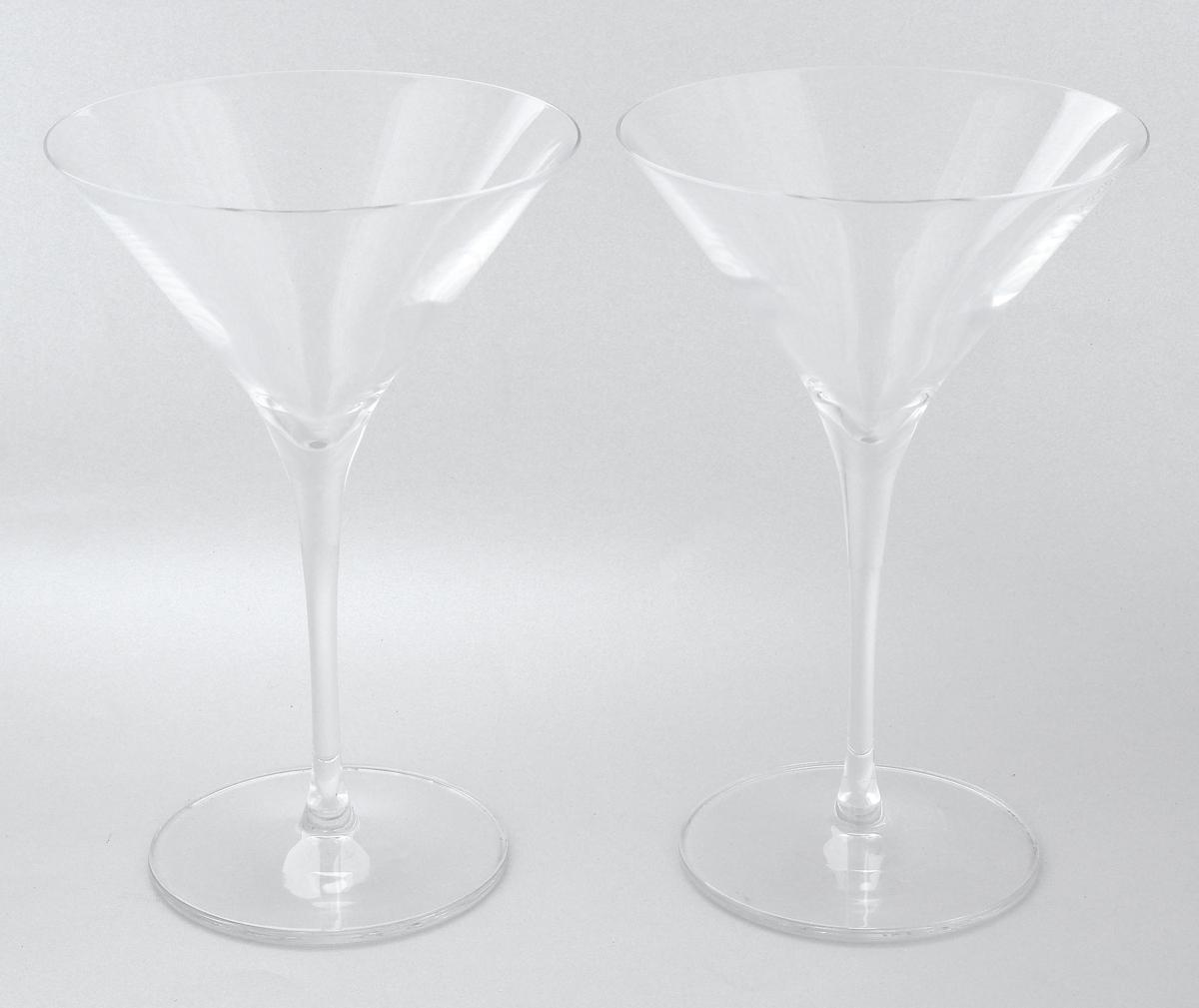 Набор бокалов Pasabahce Vintage, 290 мл, 2 шт66114NНабор Pasabahce Vintage состоит из двух бокалов, выполненных из прочного стекла. Изделия оснащены невысокими изящными ножками, отлично подходят для подачи коктейлей, мартини и других напитков. Бокалы сочетают в себе элегантный дизайн и функциональность. Набор бокалов Pasabahce Vintage прекрасно оформит праздничный стол и создаст приятную атмосферу за ужином. Такой набор также станет хорошим подарком к любому случаю. Можно мыть в посудомоечной машине.Диаметр бокала по верхнему краю: 12 см. Высота бокала: 18,5 см.
