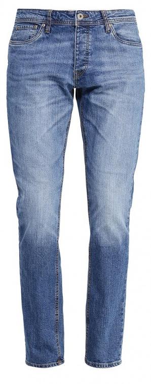 Джинсы мужские Jack & Jones, цвет: синий. 12110050. Размер 31-32 (46-32)12110050_Blue DenimМужские джинсы Jack & Jones выполнены из высококачественного эластичного хлопка. Джинсы-слим стандартной посадки застегиваются на пуговицу в поясе и ширинку на пуговицах, дополнены шлевками для ремня. Джинсы имеют классический пятикарманный крой: спереди модель дополнена двумя втачными карманами и одним маленьким накладным кармашком, а сзади - двумя накладными карманами. Джинсы украшены декоративными потертостями.