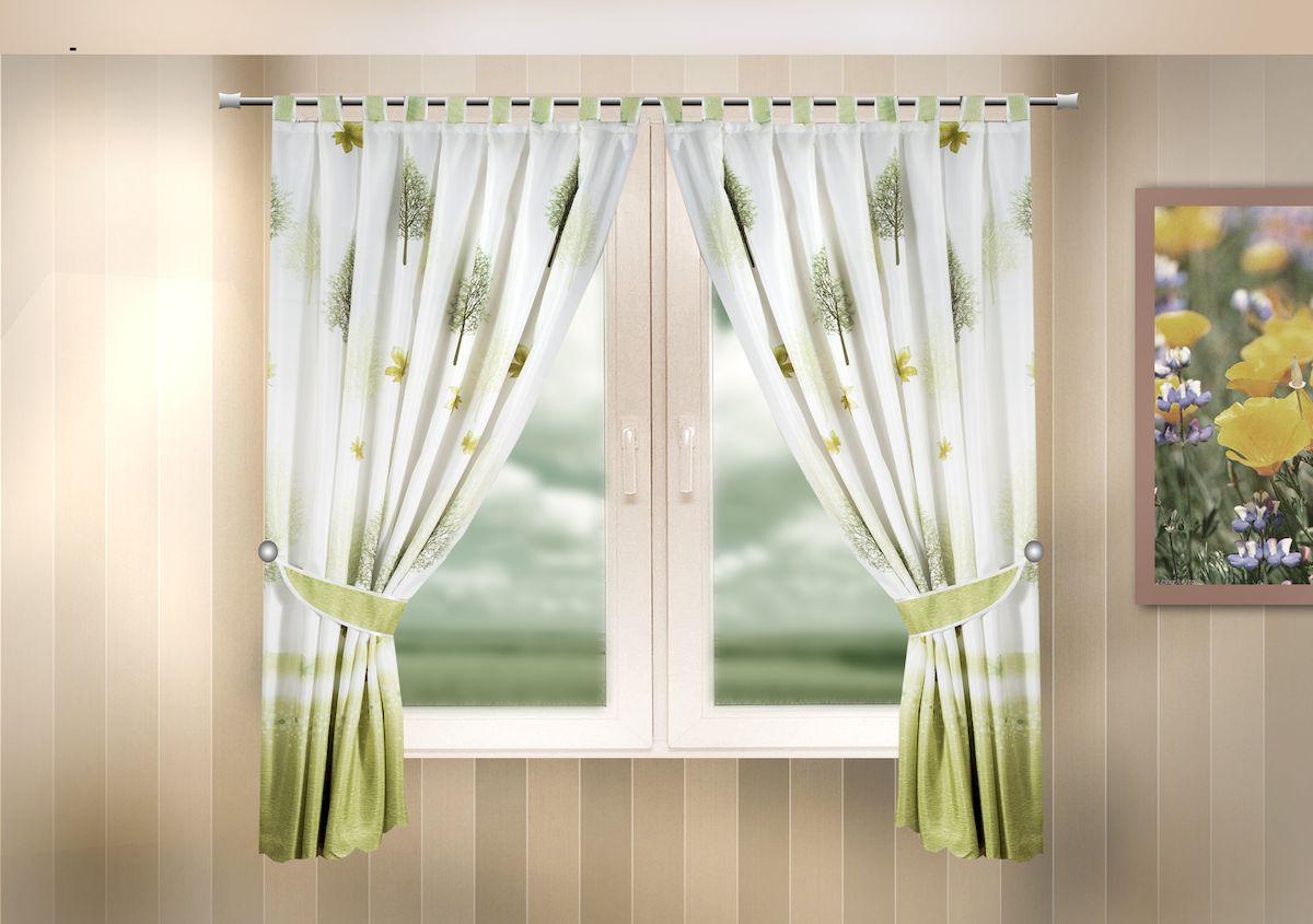 Комплект штор для кухни Zlata Korunka, на петлях, цвет: зеленый, высота 170 см. 333322333322Комплект штор для кухни Zlata Korunka, выполненный из полиэстера, великолепно украсит любое окно. Комплект состоит из 2 штор и 2 подхватов. Оригинальный рисунок и приятная цветовая гамма привлекут к себе внимание и органично впишутся в интерьер помещения. Этот комплект будет долгое время радовать вас и вашу семью!Комплект крепится на карниз при помощи петель.В комплект входит: Штора: 2 шт. Размер (Ш х В): 140 х 170 см.Подхват: 2 шт.