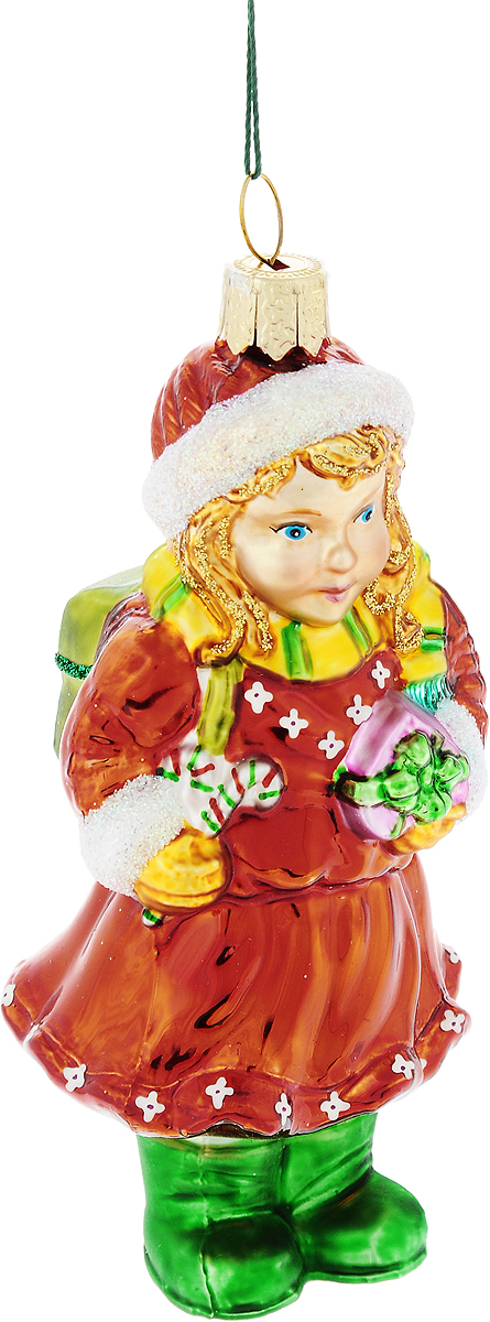 Украшение новогоднее подвесное Winter Wings Девочка с подарком, высота 11 смN07212Новогоднее украшение Winter Wings Девочка с подарком отлично подойдет для декорации вашего дома и новогодней ели. Изделие, выполненное из стекла, декорировано блестками и оснащено специальной петелькой для подвешивания.Елочная игрушка - символ Нового года. Она несет в себе волшебство и красоту праздника. Создайте в своем доме атмосферу веселья и радости, украшая всей семьей новогоднюю елку нарядными игрушками, которые будут из года в год накапливать теплоту воспоминаний.