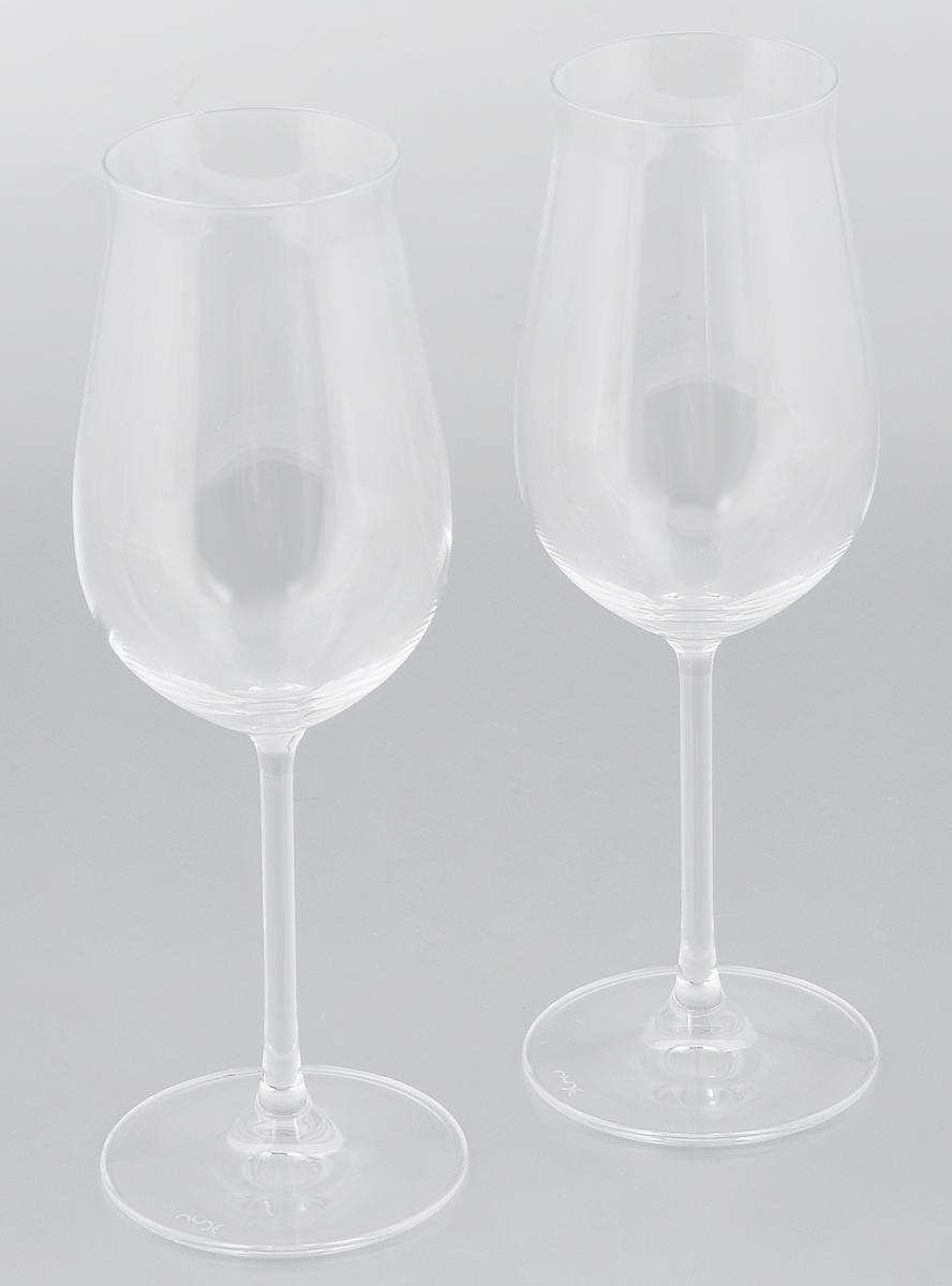 Набор бокалов для вина Pasabahce Vintage, 230 мл, 2 шт66113NНабор Pasabahce Vintage, выполненный из бессвинцового стекла, состоит из двух бокалов. Изделия предназначены для подачи вина. Они сочетают в себе элегантный дизайн и функциональность.Набор бокалов Pasabahce Vintage прекрасно оформит праздничный стол и создаст приятную атмосферу за романтическим ужином. Такой набор также станет хорошим подарком к любому случаю. Можно мыть в посудомоечной машине.Диаметр бокала (по верхнему краю): 5,5 см. Высота бокала: 22 см.
