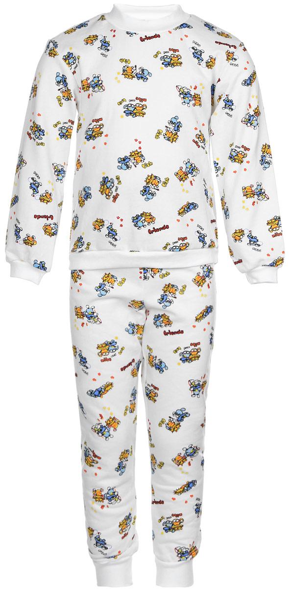 Пижама детская Фреш Стайл, цвет: белый. 21-5872. Размер 11621-5872Детская пижама Фреш Стайл выполнена из натурального хлопка. Изнаночная сторона изделия с мягким и теплым начесом. Футболка с длинными рукавами имеет круглый вырез горловины, оформленный трикотажной резинкой. На рукавах предусмотрены мягкие манжеты. Низ изделия дополнен широкой трикотажной резинкой.Брюки имеют эластичный пояс. Брючины дополнены манжетами.Пижама оформлена принтом.