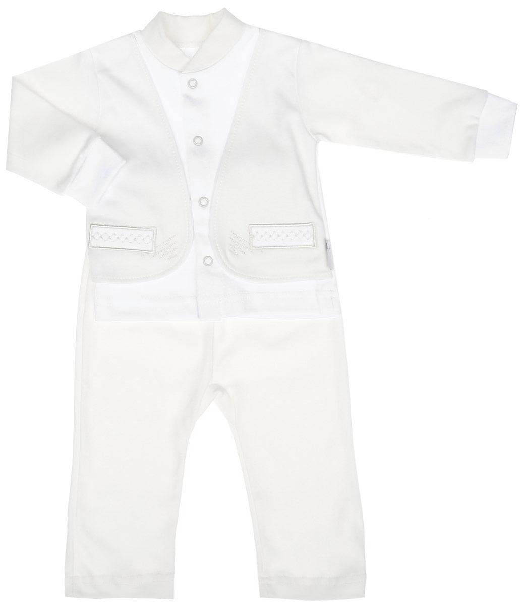 Комплект для мальчика Клякса: кофточка, штанишки, цвет: экрю, белый. 37к-2005. Размер 6237к-2005Комплект для мальчика Клякса, изготовленный из натурального хлопка, состоит из кофточки и штанишек. Кофточка с имитацией пиджака застегивается спереди на кнопки. Модель с длинными рукавами имеет круглый вырез горловины, дополненный мягкой трикотажной резинкой. На рукавах предусмотрены эластичные манжеты. Кофточка украшена вышивкой. Штанишки с завышенной линией талии имеют мягкий эластичный пояс.