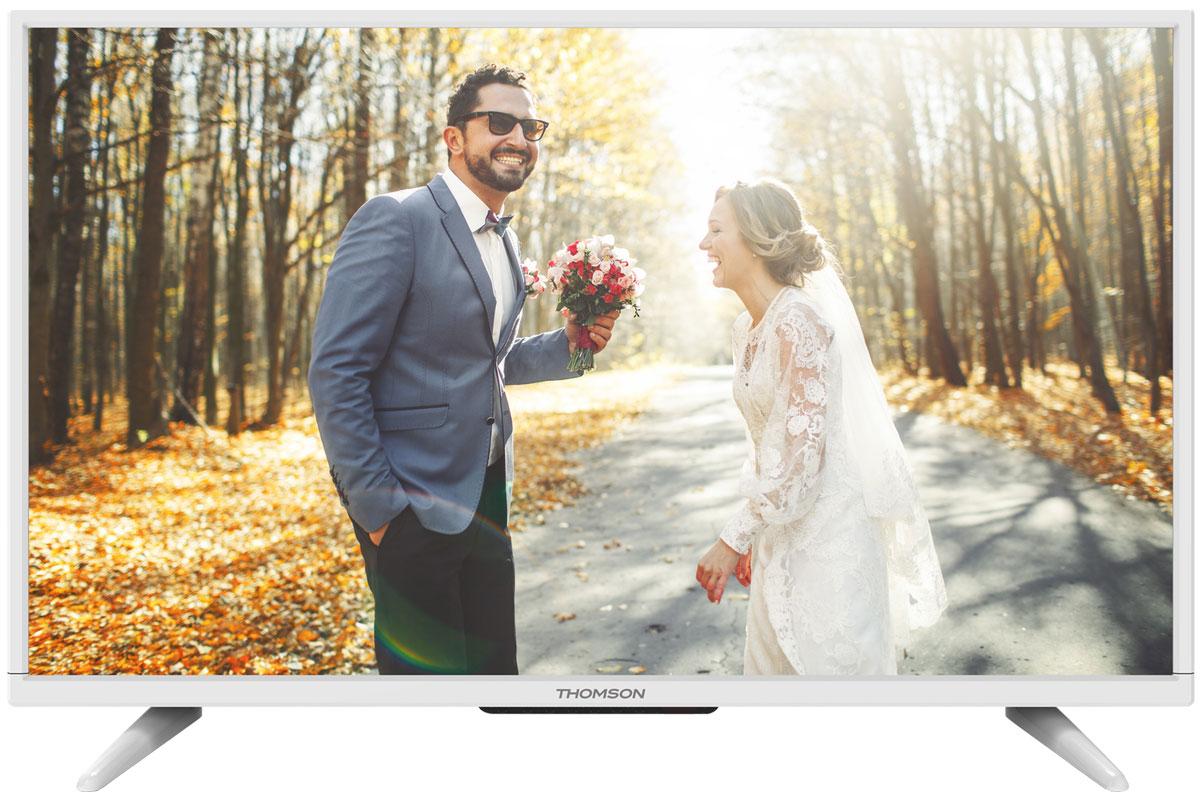 Thomson T32D16DH-01W телевизорT32D16DH-01WThomson T32D16DH-01W - идеальный выбор для тех, кто ищет стильный ЖК-телевизор с ярким качественным экраном, обладающий востребованными функциями.Дисплей выполнен с применением технологии D-LED, что улучшает качество картинки и повышает энергоэффективность. Телевизор способен принимать сигнал цифрового телевидения DVB-T2 без дополнительного тюнера.Еще одно существенное преимущество модели - возможность воспроизведения файлов с USB-накопителей, благодаря которым можно просматривать видео с внешних носителей без использования видео-плеера. Имеются 3 HDMI-входа, благодаря которым к телевизору могут подключаться современные устройства, поддерживающие разрешение высокой четкости.Thomson T32D16DH-01W обладаетрядом функций, позволяющих добиться наилучшего качества картинки и звука. В их числе шумоподавление и динамический контраст. Кроме того, телевизор оснащен удобной функцией TimeShift, благодаря которой при условии подключения к ТВ USB-накопителя, телевизионные трансляции можно ставить на паузу.В комплекте с телевизором поставляется устойчивая настольная подставка, а на задней панели предусмотрено стандартное крепление VESA 200 x 100 мм.Яркость: 220 кд/м2Соотношение сторон экрана: 16:9Время отклика: 6,5 мсУгол обзора по горизонтали / вертикали: 178/178 градусов
