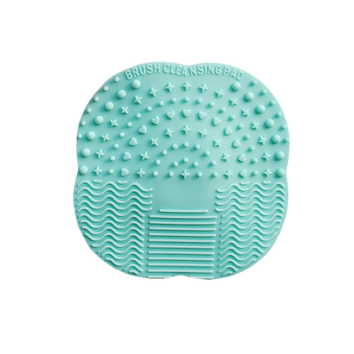 Lakoff Коврик для мытья косметических кистейSM-342016Новое поколение аксессуаров для очищения кистей. Силиконовый коврик для очистки кистей. Специально разработанные рельефные поверхности эффективно удаляют макияж с кистей и снижают расход моющих средств.Поверхность с мелким узором предназначена для очищения маленьких кистей: для губ, для теней. Волнистая поверхность для очищения больших кистей: для пудры, для основы, для румян