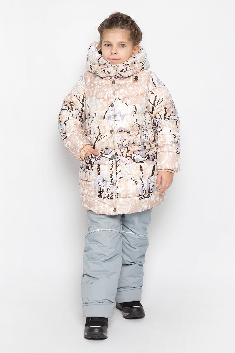Куртка для девочки Boom!, цвет: бежевый, белый, коричневый. 64348_BOG_вар.3. Размер 98, 3-4 года64348_BOG_вар.3Куртка для девочки Boom!, изготовленная из полиэстера, станет ярким и стильным дополнением к детскому гардеробу. Материал приятный на ощупь, позволяет коже дышать, легко стирается, быстро сушится. Подкладка выполнена из полиэстера с добавлением вискозы с флисовыми вставками. В качестве утеплителя используется синтепон. Модель с капюшоном и длинными рукавами застегивается на пластиковую застежку-молнию и дополнительно имеет внешнюю ветрозащитную планку на кнопках. Капюшон не отстегивается регулируется эластичной резинкой со стопперами, на воротнике застегивается на кнопки. По бокам расположены два прорезных кармана на кнопках.Рукава дополнены трикотажными манжетами. Талия модели регулируется эластичной резинкой со стопперами.Красивый цвет, модный силуэт обеспечивают куртке прекрасный внешний вид!Теплая, удобная и практичная куртка идеально подойдет юной моднице для прогулок!