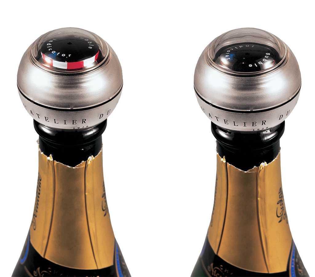 Пробка для шампанского и игристого Баббл Индикатор поддерживает давление внутри бутылки, а ее чувствительный индикатор сообщает о давлении пузырьков: если цветное кольцо стало исчезать, значит, настало время допить бутылку.