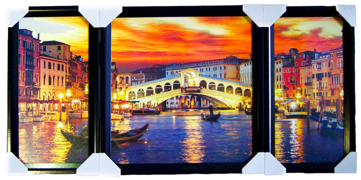 Картина в раме Proffi Home Каналы Венеции. Триптих, 50 х 100 смВ1753Картина Proffi Home Каналы Венеции. Триптих, состоящая из трех частей в рамах, будет прекрасно смотреться в любом интерьере. Материал: деревянный багет, мдф, фотопечать на бумажном постере с тиснением, лак. Упаковка: картонные уголки, п /э термоусадка. Набор для навески в п/э пакете зип-лок металлические петли и винты.