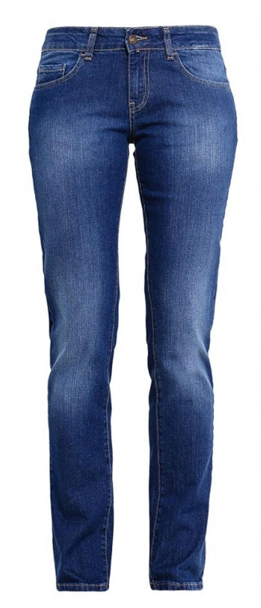 Джинсы женские F5, цвет: синий. 19202. Размер 31-34 (46/48-34)160245_19202_Blue denim 1632 str., w.mediumЖенские джинсы F5 выполнены из высококачественного эластичного хлопка. Джинсы прямого кроя и стандартной посадки застегиваются на пуговицу в поясе и ширинку на застежке-молнии, дополнены шлевками для ремня. Джинсы имеют классический пятикарманный крой: спереди модель дополнена двумя втачными карманами и одним маленьким накладным кармашком, а сзади - двумя накладными карманами. Джинсы украшены декоративными потертостями.