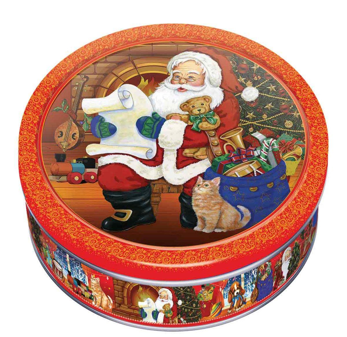 Сладкая Сказка Печенье в подарочной новогодней красной банке, 150 гMC-6-13_красныйНовогоднее печенье в синей банке — самое лучшее и готовое решение для вкусного подарка друзьям, близким и коллегам на рождественские праздники.Изображенный на крышке Дед Мороз создаст праздничное настроение, а сдобное печенье станет отличным угощением к чаю.Продукт производится на российской фабрике МАК-Иваново и в его рецептуре используются только натуральные ингредиенты, что делает его не только вкусным, но и полезным.Жестяную банку, после того, как лакомство закончилось, можно использовать в качестве украшения интерьера или для хранения мелочей и сыпучих продуктов.