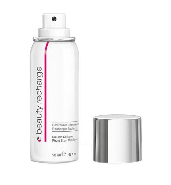 Medskin Solutions Ревитализирующий спрей-концентрат Подзарядка красоты Beauty Recharge, 50 мл86402Инновационный, удобный в использовании концентрат-спрей (технология MatriCol®) для мгновенного оживления и энергетической подзарядки кожи. Обогащенная ценными ингредиентами (растворимым коллагеном и экстрактом фитостволовых клеток) формула обеспечивает интенсивное увлажнение, глубокую регенерацию и поддержание высокой активности клеток кожи. В считанные секунды кожа обретает гладкость и шелковистость, выглядит свежее и моложе. При длительном использовании разглаживаются мелкие и глубокие морщины, гармонизируется цвет лица.Не содержит консервантов, минеральных масел, силоксанов и красителей. Продукт некомедогенный, протестирован дерматологами и офтальмологами.Преимущества:Обеспечивает изумительно гладкий и сияющий вид кожиБыстрое и легкое нанесение + результат, как у сывороткиПоддерживает и усиливает ревитализацию, обеспечивая профессиональный результат при домашнем примененииРезультат 30 лет исследований в области косметологии и биоматериалов. Косметическая формула разработана учеными-естествоиспытателями.Производится в Германии