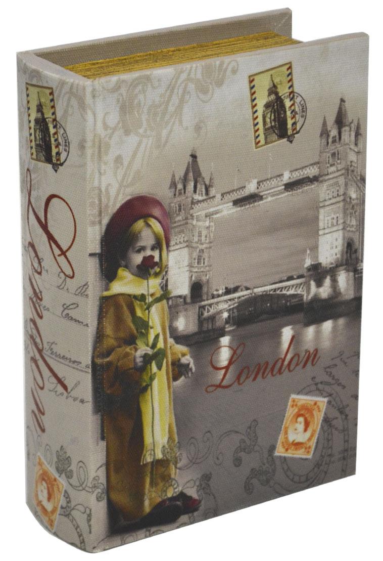Шкатулка для рукоделия Лондон, 19 х 13 х 5 см771517102Шкатулка Лондон изготовлена из МДФ, картона и холщовой ткани и оснащена крышкой. Изделие декорировано изображением достопримечательностей Лондона. Внутри шкатулка обтянута тканью коричневого цвета. Изящная шкатулка с ярким дизайном предназначена для хранения мелочей, принадлежностей для шитья и творчества и других аксессуаров. Она красиво оформит интерьер комнаты и поможет хранить ваши вещи в порядке.