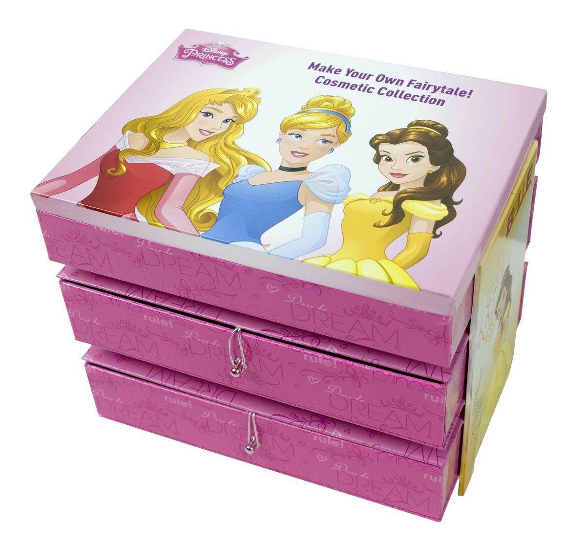 Markwins Игровой набор детской декоративной косметики Princess 96042519604251Набор декоративной косметики Markwins - отличный подарок для каждой девочки! В набор входит все необходимое для создания безупречного образа: макияжа, маникюра и педикюра, которые можно дополнить стильными аксессуарами. Косметику очень удобно хранить в комоде, который также входит в комплект. На нем изображены героини популярных мультфильмов Дисней.Детская косметика Markwins создана с соблюдением самых высоких европейских стандартов безопасности. Продукция не содержит парабенов, метилизотиазолинона, пальмового масла. Предназначена для детей от 7 лет. Несмотря на высокое качество продукции и ее общую гипоаллергенность, производитель рекомендует проверить индивидуальную реакцию на косметику перед ее использованием. Просто нанесите на кожу немного косметики и подержите 30-60 минут. Если на коже появится покраснение, следует прекратить использование продукции. Эта аллергическая реакция проявляется очень редко и зависит от индивидуальных особенностей организма.Условия хранения: хранить при температуре от +5 до +25 градусов; не допускать попадания прямых солнечных лучей.