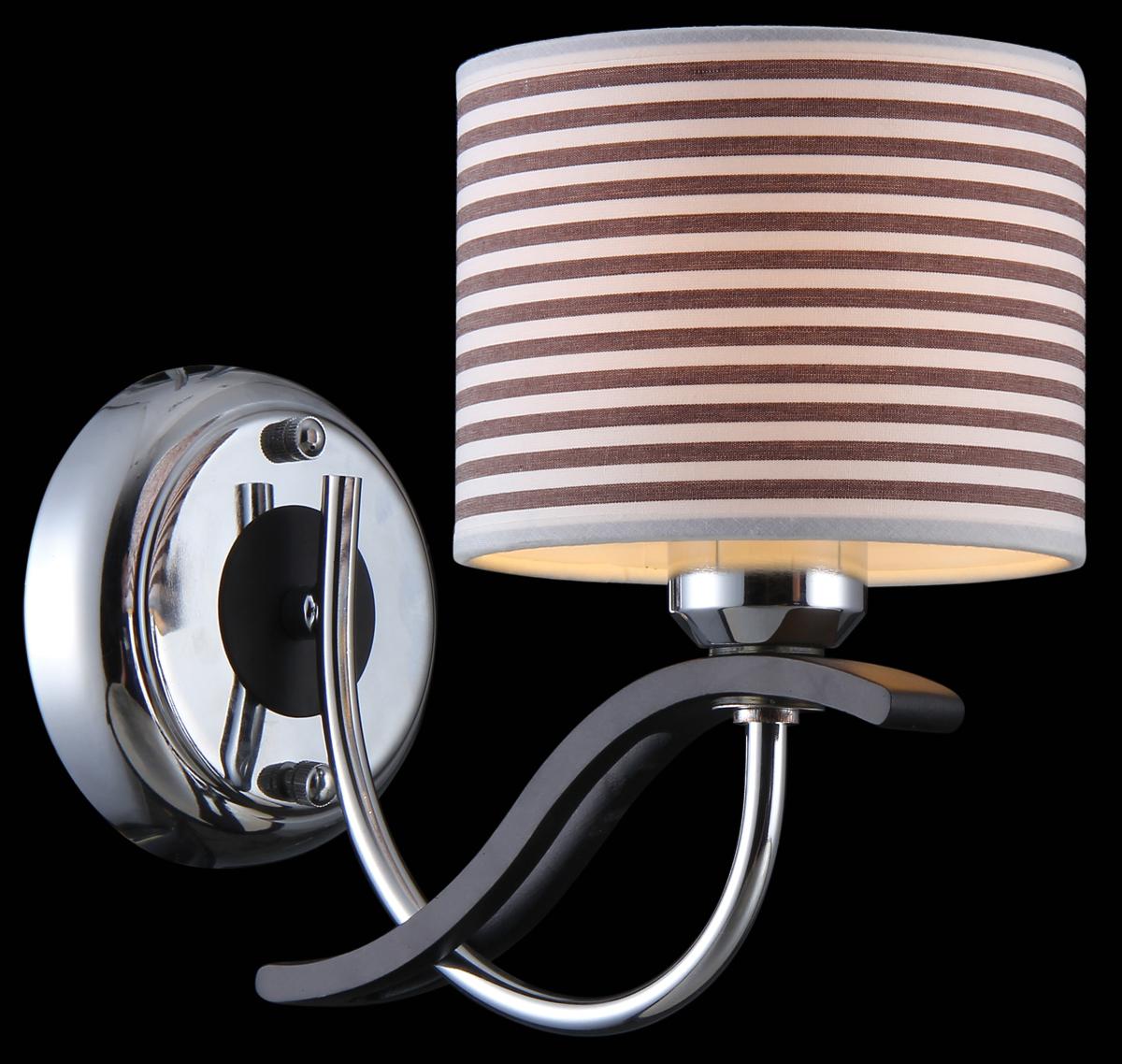 Бра Natali Kovaltseva, 1 х E27, 40W. 75012-1WOLIVIERA 75012-1W CHROMEБра Natali Kovaltseva, выполненное в классическом стиле, станет украшением вашей комнаты и изысканно дополнит интерьер. Изделие крепится к стене. Такое бра отлично подойдет для освещения кабинета, спальни или гостиной. Бра выполнено из металла с хромированным покрытием, плафон изготовлен из матового стекла. В коллекциях Natali Kovaltseva представлены разные стили - от классики до хайтека. Дизайн и технологическая составляющая продукции разрабатывается в R&D центре компании, который находится в г. Дюссельдорф, Германия. При производстве продукции используются высококачественные и эксклюзивные материалы: хрусталь ASFOR, муранское стекло, перламутр, 24-каратное золото, бронза. Производство светильников соответствует стандарту системы менеджмента качества ISO 9001-2000. На всю продукцию ТМ Natali Kovaltseva распространяется гарантия.