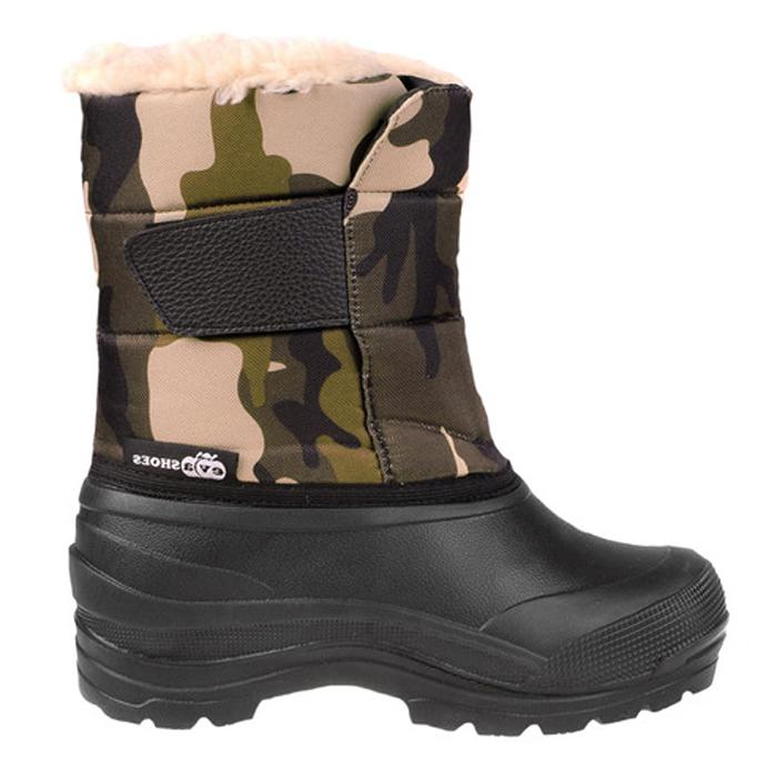 Сапоги зимние EVA Shoes Винсон (-40), цвет: черный, камуфляж. Размер 4559129Легкие и теплые зимние сапоги EVA Shoes Винсон (-40) отлично подойдут для охоты и рыбалки в зимнее время года. Галоша сапог выполнена из этилвинилацетат (ЭВА), это гибкий, эластичный, износостойкий, водонепроницаемый материал, а кроме того, легкий, поэтому сапоги имеют небольшой вес. Верх изготовлен из непромокаемого плотного оксфорда, дублированного поролоном. Подкладка из натурального меха не даст ногам замерзнуть. Специальная рифленая подошва создает отличное сцепление с любой поверхностью. Хлястик на липучке надежно зафиксирует модель на ноге.. Обувь предназначена как для сырой холодной погоды, так и для сильных морозов. При активном использовании сапоги обеспечивают высокий уровень тепла и комфорта даже в мороз до -40°С.