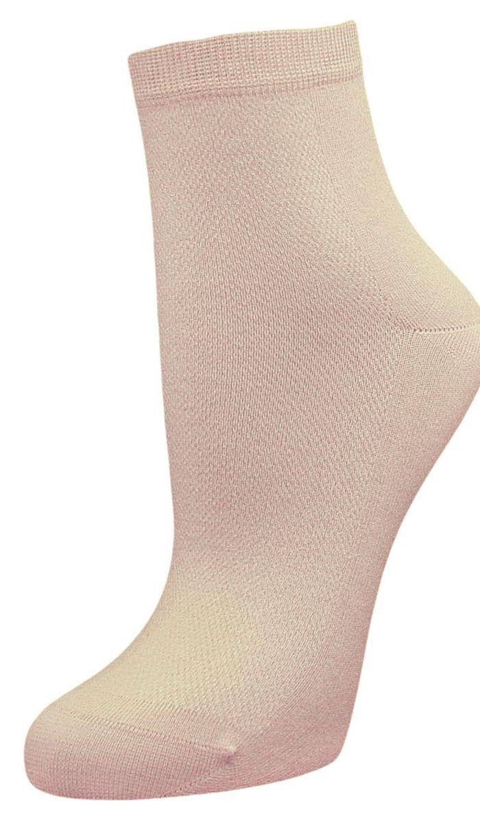 Носки женские Гранд, цвет: бежевый, 2 пары. SCL48. Размер 23/25SCL48Женские носки Гранд выполнены из высококачественного хлопка, предназначены для повседневной носки. Носки с бесшовной технологией зашивки мыска (кеттельный шов) изготовлены по европейским стандартам из самой лучшей гребенной пряжи, хорошо держат форму и обладают повышенной воздухопроницаемостью, имеют безупречный внешний вид, усиленные пятку и мысок для повышенной износостойкости, после стирки не меняют цвет. Функция отвода влаги позволяет сохранить ноги сухими. Благодаря свойствам эластана, не теряют первоначальный вид. Носки долгое время сохраняют форму и цвет, а так же обладают антибактериальными и терморегулирующими свойствами.