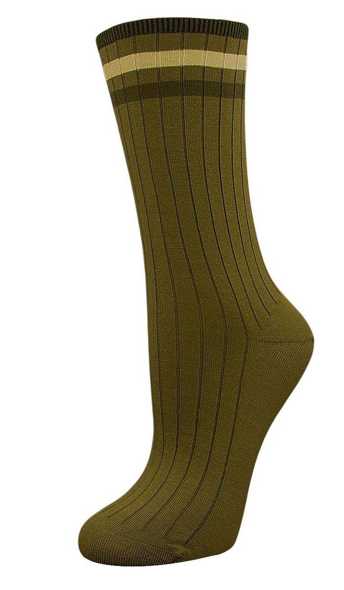 Носки женские Гранд, цвет: оливковый, 2 пары. SCL73. Размер 23/25SCL73Женские носки Гранд с медицинской резинкой изготовлены по специальной технологии для людей, страдающих заболеваниями ног, а также для тех, кто думает о своем здоровье и хочет предотвратить эти заболевания. Носки предназначены для оздоровления ног и профилактики венозной недостаточности, а также для снятия синдрома тяжести в ногах. Данная модель медицинских носков мягкая, удобная, эластичная. Хорошо держит форму и обладает повышенной воздухопроницаемостью. Функция отвода влаги позволяет сохранить ноги сухими. Используя европейские стандарты на современных вязальных автоматах, компания Гранд предоставляет покупателю высокое качество изготавливаемой продукции.