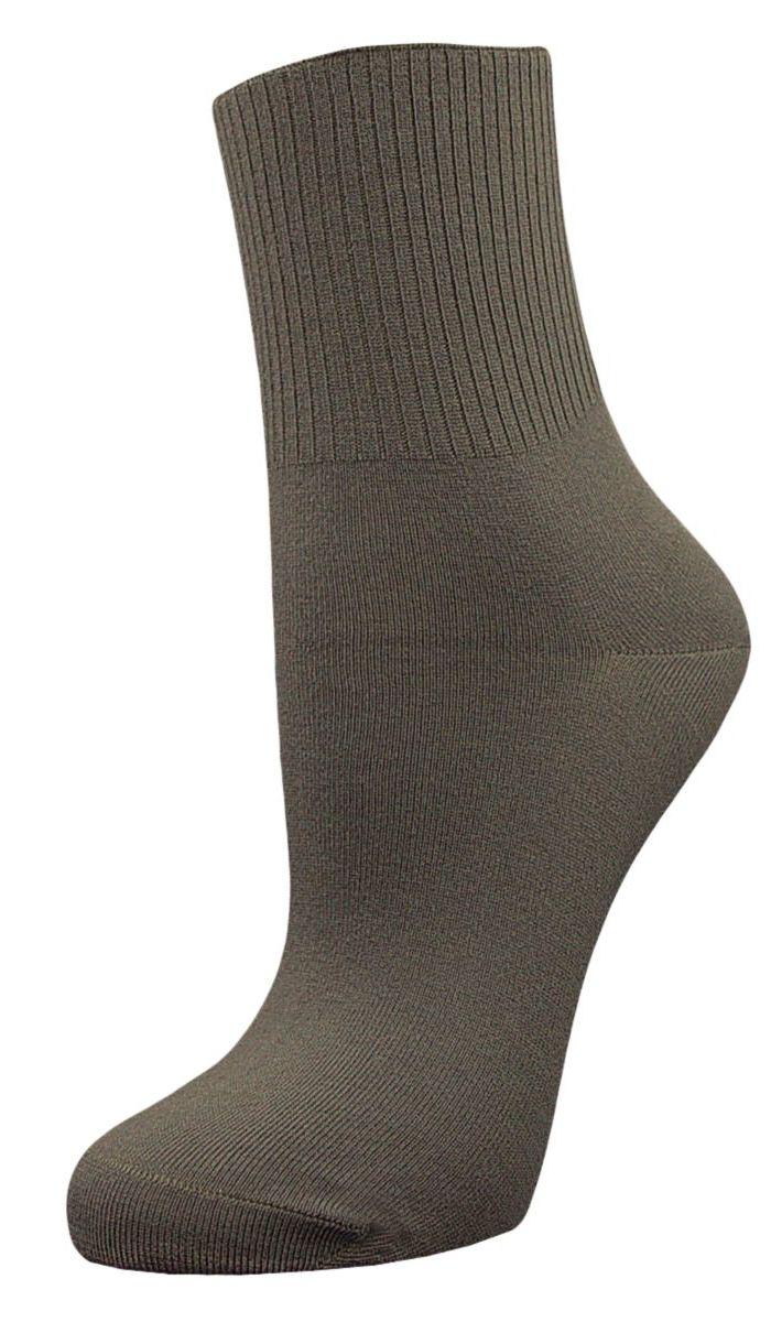 Носки женские Гранд, цвет: серый, 2 пары. SCL67. Размер 23/25SCL67Женские носки Гранд с медицинской резинкой изготовлены по специальной технологии для людей, страдающих заболеваниями ног, а также для тех, кто думает о своем здоровье и хочет предотвратить эти заболевания. Данная модель медицинских носков мягкая, удобная, эластичная и прочная. Носки предназначены для оздоровления ног и профилактики венозной недостаточности, а также для снятия синдрома тяжести в ногах. Носки с бесшовной технологией зашивки мыска (кеттельный шов) изготовлены по европейским стандартам из лучшей гребенной пряжи, хорошо держат форму и обладают повышенной воздухопроницаемостью, имеют безупречный внешний вид, усиленные пятку и мысок для повышенной износостойкости, после стирки не меняют цвет. Компания Гранд использует только натуральные волокна для изготовления лечебных носков по всем требованиям медицинских стандартов.