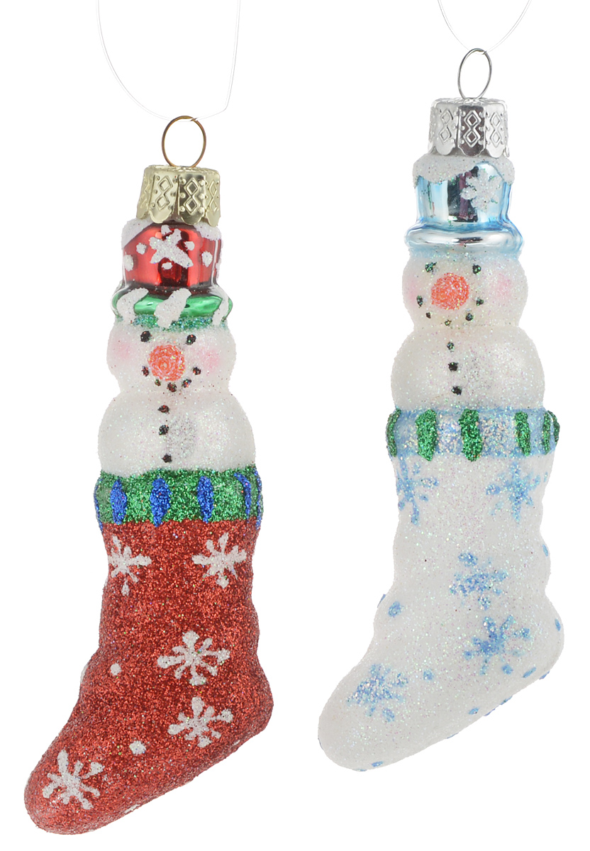 Набор новогодних подвесных украшений Winter Wings Снеговички в сапожках, цвет: белый, красный, длина 10 см, 2 штN07845Набор Winter Wings Снеговички в сапожках состоит из 2 подвесных украшений, выполненных из стекла. Оригинальные новогодние украшения прекрасно подойдут для праздничного декора дома и новогодней ели. С помощью специальной петельки их можно повесить в любом понравившемся вам месте. Но, конечно, удачнее всего такие игрушки будут смотреться на праздничной елке. Елочная игрушка - символ Нового года и Рождества. Она несет в себе волшебство и красоту праздника. Создайте в своем доме атмосферу веселья и радости, украшая новогоднюю елку нарядными игрушками, которые будут из года в год накапливать теплоту воспоминаний. Размер украшения: 10 х 3,5 х 2 см.