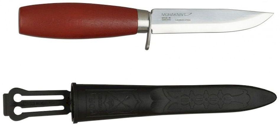Нож туристический Morakniv Classic 612, цвет: красный, в ножнах. 1-06121-0612Классический нож с защитой для пальцев, деревянной ручкой и клинком из углеродистой стали.Нескладной нож Morakniv Classic 612 является довольно популярным режущим изделием, которое нашло свое применение не только в походных условиях, но и в быту. Главной особенностью данной модели есть ее прочное и износостойкое лезвие, созданное из высококачественной углеродистой стали.Толщина лезвия позволяет применять на нож повышенную нагрузку без боязни повредить клинок, а острая режущая кромка гарантирует точный и ровный рез. Клинок Morakniv Classic 2 легко вынимается из рукоятки, созданной из натуральной древесины. Материал изготовления рукоятки обеспечивает максимальный комфорт пользователю и приятные тактильные ощущения, что особенно уместно во время пониженных температур, так как рукоятка всегда остается теплой. В комплекте с ножом идут прочные и практичные ножны.Полированное лезвие ножа Мора 612 из углеродистой стали дополняют гарда и рукоять бордового цвета из шведской березы.Чехол из черного пластика надежно предохраняет клинок.Технические характеристики:- Длина клинка: 106 мм. - Максимальная толщина клинка: 2,0 мм.- Максимальная ширина клинка: 16 мм.- Сталь: высокоуглеродистая (требует ухода), 59-60 HRC.- Ножны: черный пластик.- Вес: 78 грамм.Производитель: Mora of Sweden (Morakniv), Швеция Страна происхождения: ШвецияНапоминаем, что углеродистая сталь, хоть и имеет преимущества над нержавеющей но, подвержена коррозии, поэтому следует хранить нож сухим. После использования протереть его сухой тканью или куском бумаги.