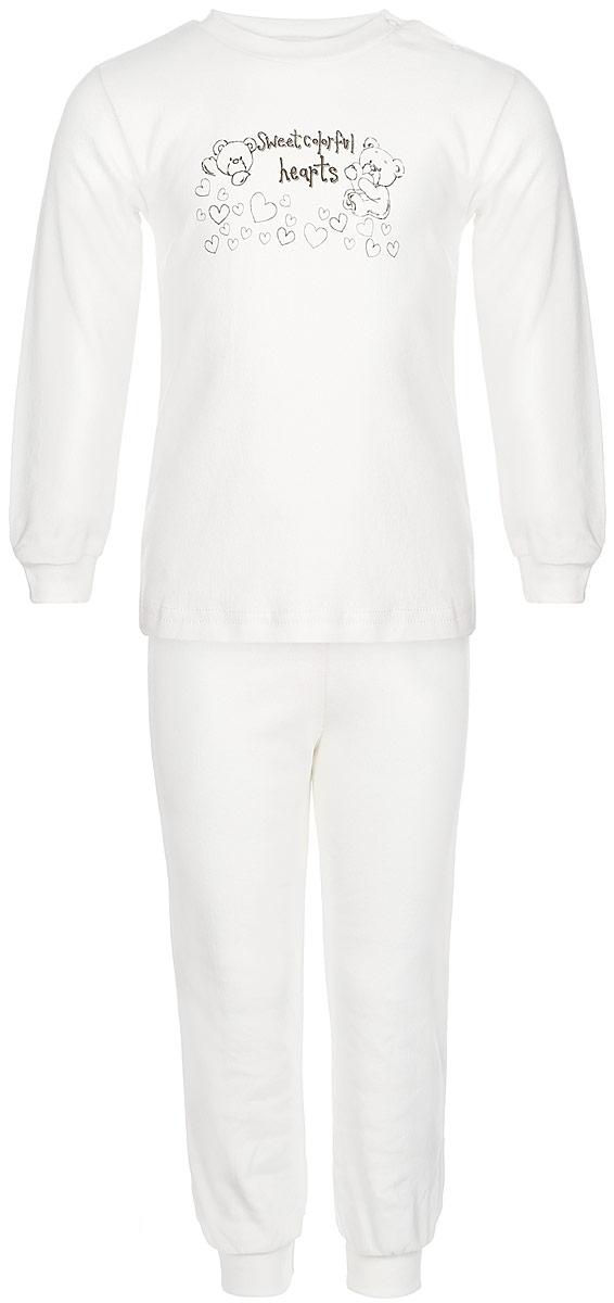 Пижама детская КотМарКот Мишка на экрю, цвет: молочный, бежевый. 3287. Размер 104, 4 года3287Детская пижама КотМарКот Мишка на экрю, состоящая из футболки с длинным рукавом и брюк, идеально подойдет вашему ребенку и станет отличным дополнением к его гардеробу. Выполненная из натурального хлопка, она необычайно мягкая и легкая, не сковывает движения, позволяет коже дышать и не раздражает даже самую нежную и чувствительную кожу ребенка. Футболка с длинными рукавами и круглым вырезом горловины имеет застежки-кнопки по плечевому шву, что помогает с легкостью переодеть ребенка. Вырез горловины и манжеты на рукавах дополнены трикотажными эластичными резинками. Модель оформлена нежным принтом с изображением медвежат, а также надписью.Брюки прямого кроя на талии имеют эластичную резинку, благодаря чему они не сдавливают животик ребенка и не сползают. Низ брючин дополнен широкими трикотажными манжетами. В такой пижаме ваш ребенок будет чувствовать себя комфортно и уютно во время сна.