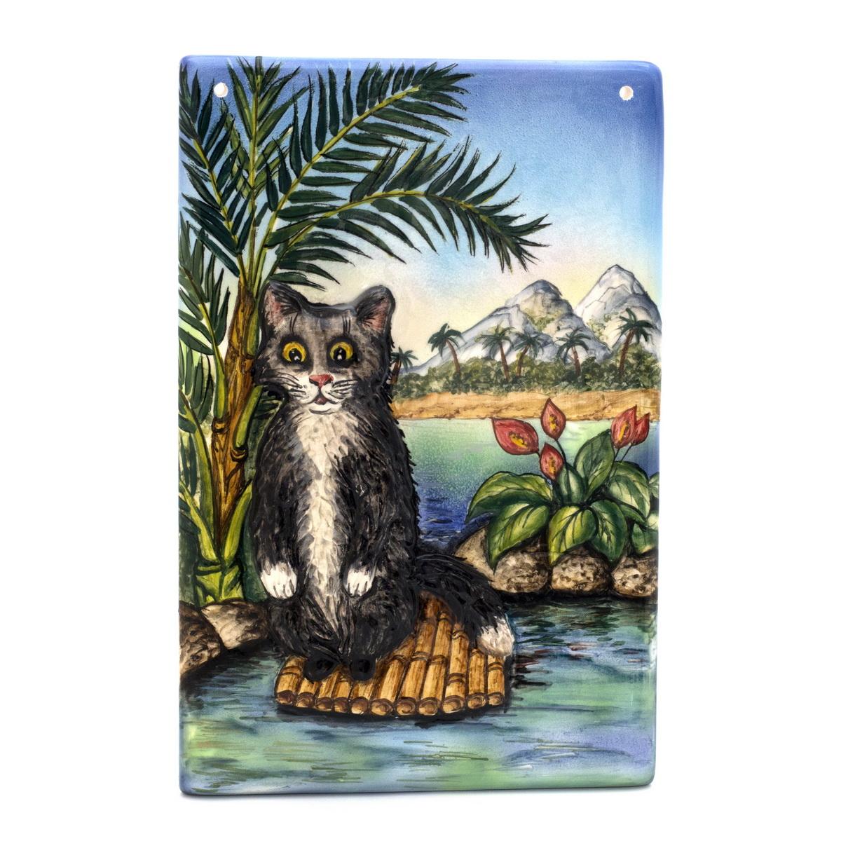 Керамическое панно с объемным котом ZORA Вот и съездил в Сочи, размер: 18,5х12,5 см. Авторская работа. ZS-PS-18,5ZS-PS-18,5Керамическая картина с объемной фигуркой и ручной росписью подглазурными красками. Два высокотемпературных обжига.Если вы хотите подарить улыбку и хорошее настроение вашим близким - лучшего сюрприза не придумать! Керамика Zora, ручная работа,подглазурная роспись,подглазурные краски, высокотемпературный обжиг,смешанная техника