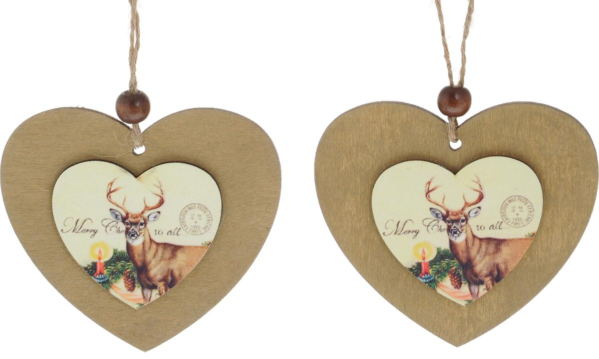 Набор елочных украшений Winter Wings Кантри, 2 штN181042Набор Winter Wings Кантри отлично подойдет для декора праздничной ели. В наборе 2 новогодние елочные игрушки, выполненные из дерева в форме сердца. Игрушки оснащены петельками для подвешивания. Елочная игрушка - символ Нового года. Она несет в себе волшебство и красоту праздника. Создайте в своем доме атмосферу веселья и радости, украшая новогоднюю елку нарядными игрушками, которые будут из года в год накапливать теплоту воспоминаний. Размер сердца: 7 х 8 см.