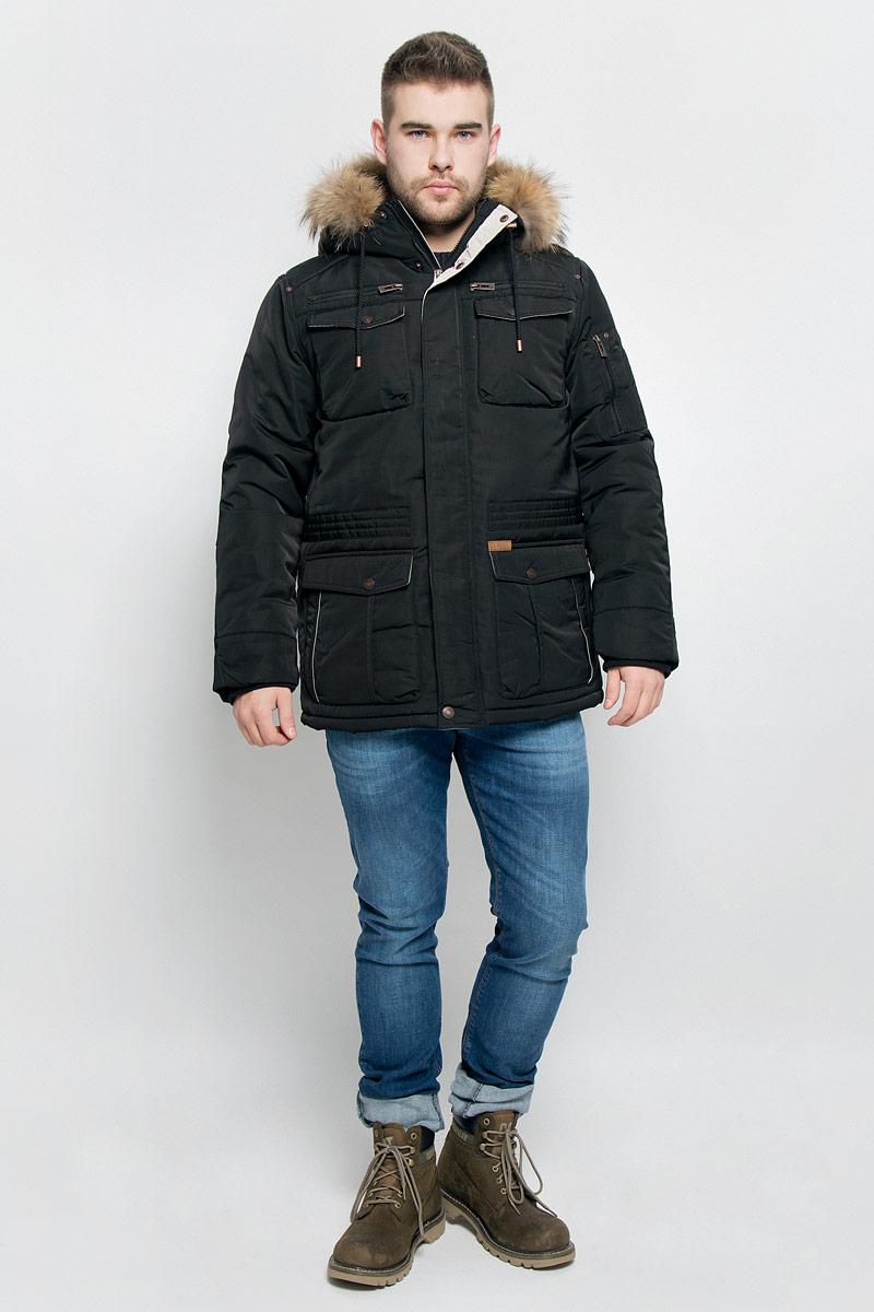 Куртка мужская Baon, цвет: черный. B536522. Размер M (48)B536522_BLACKМужская куртка Baon изготовлена из высококачественного полиэстера. В качестве утеплителя и подкладки используется полиэстер.Куртка с несъемным капюшоном застегивается на застежку-молнию с двумя бегунками и дополнительно имеет ветрозащитную планку на кнопках. Капюшон оснащен шнурками со стопперами и оформлен натуральным мехом, который пристегивается к нему за счет кнопок. Низ рукавов дополнен эластичными манжетами. Объем по линии талии регулируется с помощью эластичного шнурка со стоппером. Спереди имеется шесть накладных карманов с клапанами на кнопках и два прорезных кармана на застежках-молниях, с внутренней стороны - два прорезных кармана на застежках-молниях. На левом рукаве расположен накладной карманна застежке-молнии. Модель оформлена фирменными нашивками.