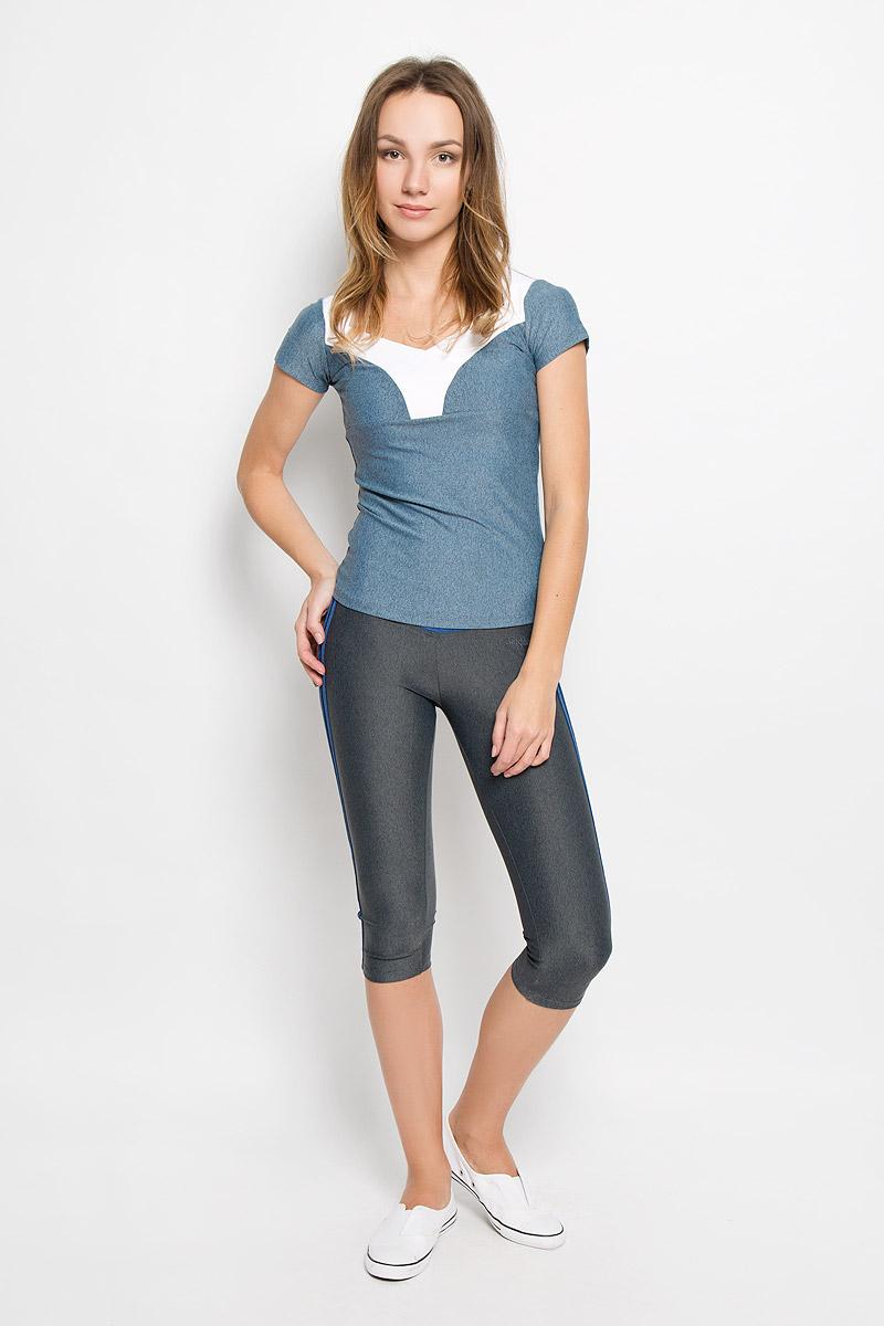 Капри для фитнеса женские Grishko, цвет: серый. AL-2903. Размер L (48)AL-2903Спортивные капри выполнены из шелковистого, приятного на ощупь полиамида с лайкрой в оптимальном для спортивных нагрузок сочетании. Материал не сковывает движений и подчеркивает спортивное телосложение за счет визуально корректирующих фигуру линий и кантов. Линия эргономичной одежды создана для всех видов активных физических нагрузок и выполнена в ультрамодных цветовых сочетаниях.