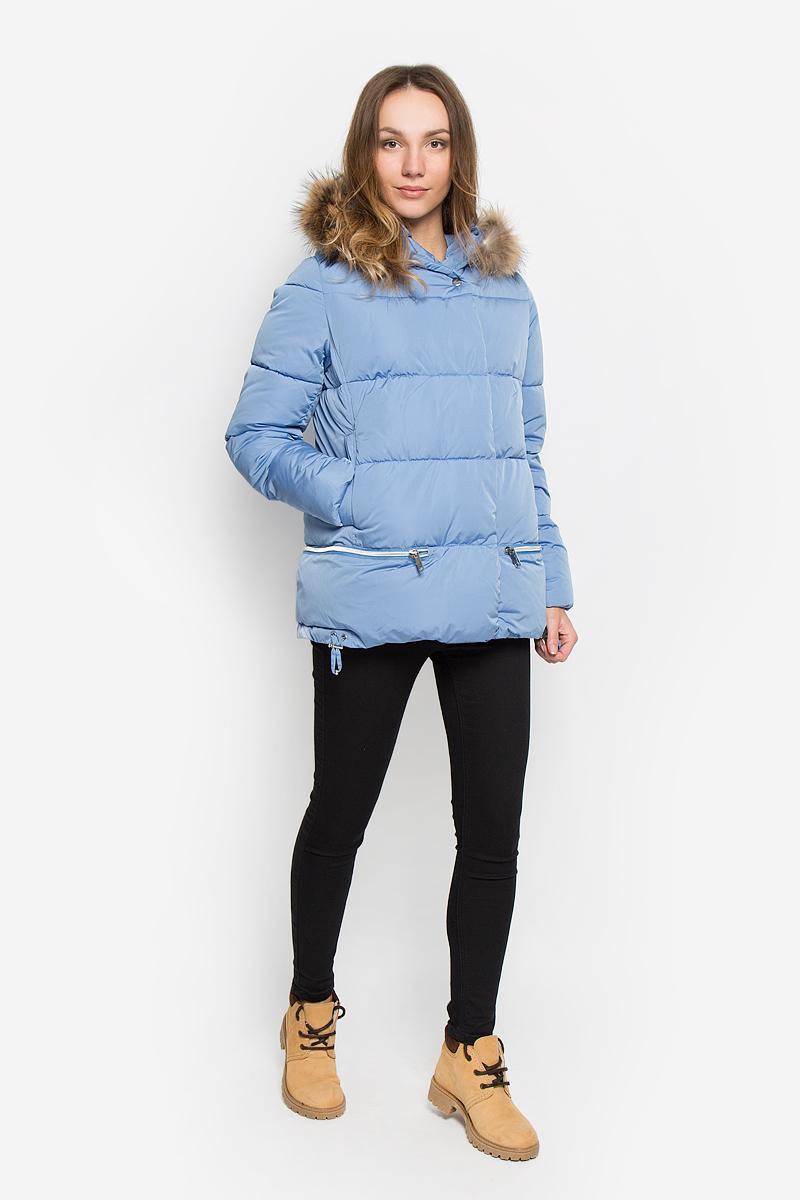 Куртка женская Grishko, цвет: голубой. AL-2965/1. Размер L (48)AL-2965/1Стильная женская куртка Grishko изготовлена из полиамида. В качестве утеплителя используется полиэфирное волокно. Куртка с несъемным капюшоном, оформленным съемным натуральным мехом енота, застегивается на застежку-молнию и на ветрозащитный клапан с кнопками. Спереди расположены два прорезных кармана на кнопках. Нижняя часть модели регулируется с помощью шнурка со стопперами.