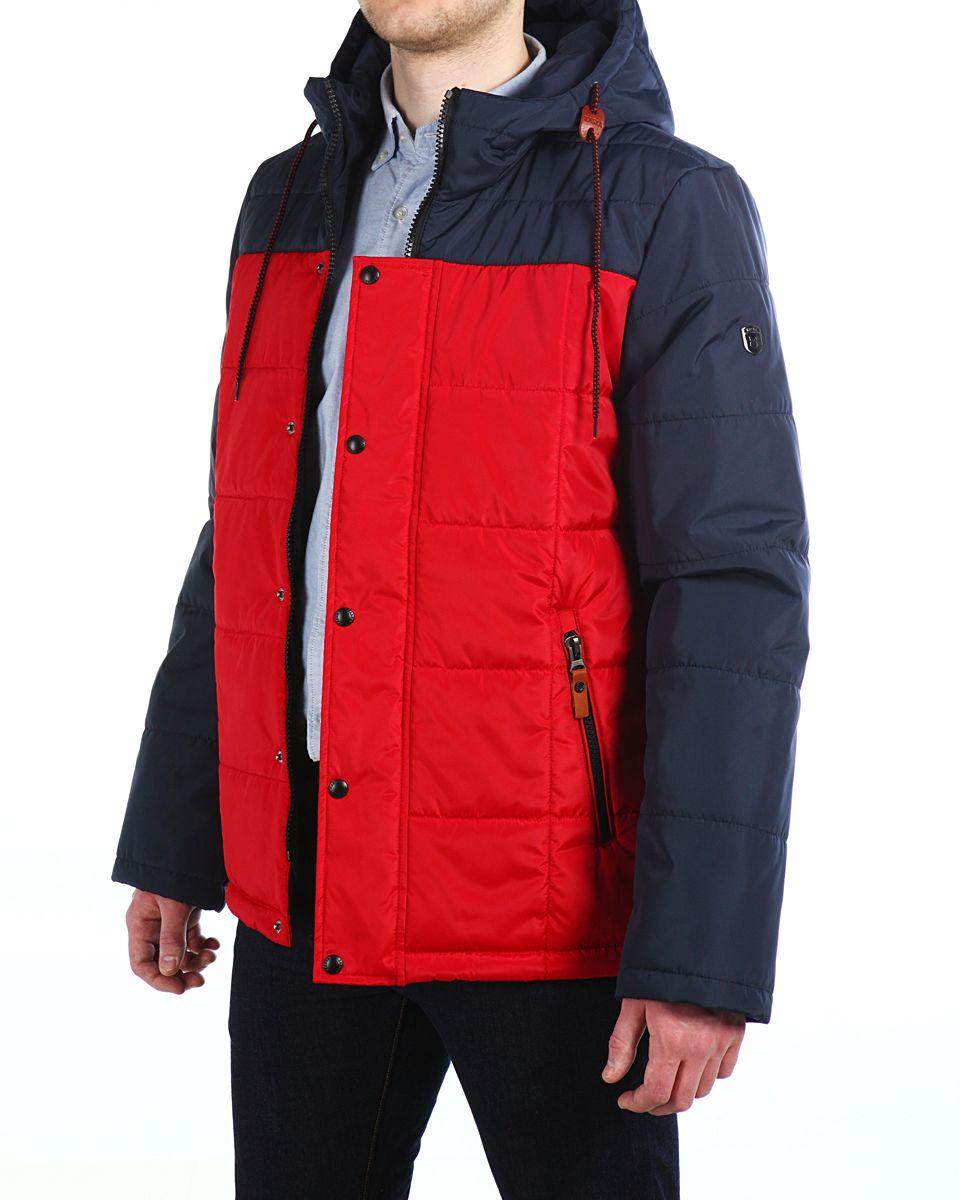 Куртка мужская Xaska, цвет: темно-синий, красный. 16603. Размер 4816603_Navy/Red FireМужская куртка Xaska изготовлена из высококачественного полиэстера. В качестве утеплителя используется полиэстер. Куртка с несъемным капюшоном застегивается на застежку-молнию, а также дополнительно имеет ветрозащитную планку на кнопках. Капюшон оснащен текстильным шнурком со стопперами. Рукава дополнены внутренними эластичными манжетами. Объем по низу регулируется с помощью эластичного шнурка со стопперами. Спереди имеются два прорезных кармана на застежках-молниях, на внутренней стороне также имеются два прорезных кармана на молниях. На левом рукаве расположена небольшая металлическая пластина с названием бренда.