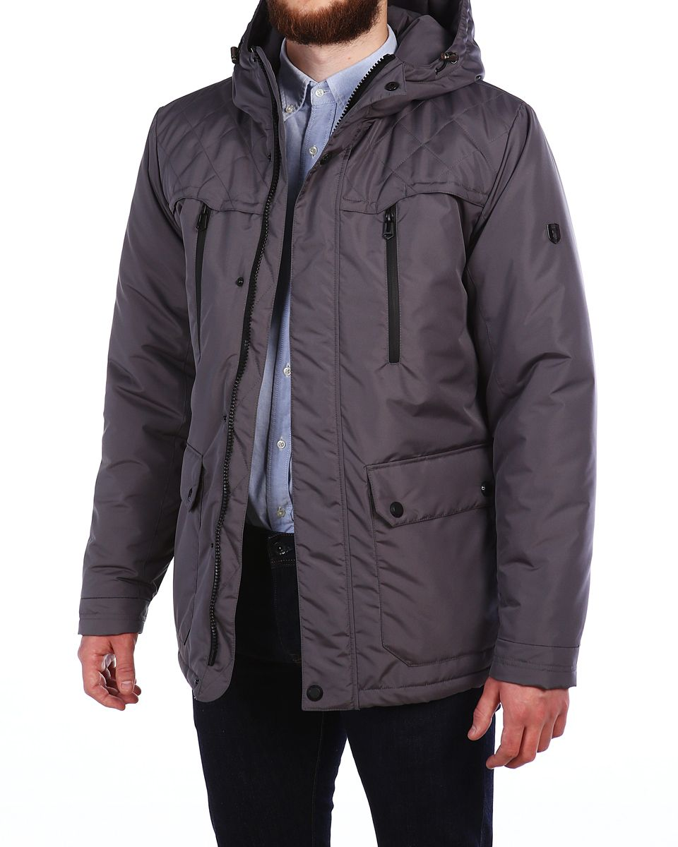 Куртка мужская Xaska, цвет: сеpый. 16602. Размер 4816602_Dark GreyМужская куртка Xaska выполнена из 100% полиэстера. В качестве подкладки также используется полиэстер, а в качестве утеплителя - термофинн. Термофинн разработан специально для российских условий и содержит сертифицированные безопасные компоненты и гипоаллерген. Такой материал долговечен и надежен, выдерживает большое количество стирок и отлично сохраняет форму, а также быстро высыхает после намокания. Модель с несъемным капюшоном застегивается на застежку-молнию с двумя бегунками и имеет ветрозащитную планку на кнопках. Край капюшона дополнен эластичным шнурком-кулоской со стоплерами. Манжеты рукавов дополнены эластичными вставками, а низ изделия - эластичным шнурком-кулиской со стоплерами. Спереди расположено два накладных кармана с клапанами на кнопках, два открытых боковых кармана и два прорезных кармана на застежках-молниях, а с внутренней стороны - два прорезеных кармана на застежках-молниях. Куртка оформлена фирменной металлической нашивкой.
