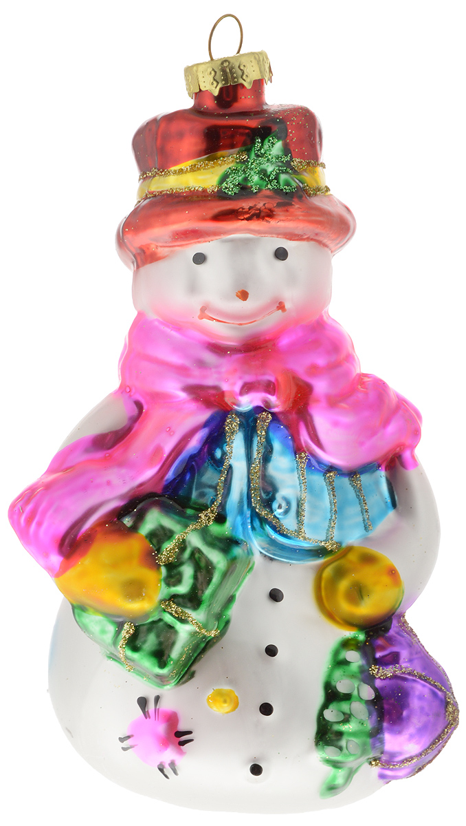 Украшение новогоднее подвесное Winter Wings Снеговик с мешком, 4,5 х 4,5 х 13 смN07333Новогоднее подвесное украшение Winter Wings Снеговик с мешком прекрасно подойдет для праздничного декора новогодней ели. Изделие выполнено из высококачественного стекла с блестками. Для удобного размещения на елке на украшении предусмотрено ушко.Елочная игрушка - символ Нового года. Она несет в себе волшебство и красоту праздника. Создайте в своем доме атмосферу веселья и радости, украшая новогоднюю елку нарядными игрушками, которые будут из года в год накапливать теплоту воспоминаний. Откройте для себя удивительный мир сказок и грез. Почувствуйте волшебные минуты ожидания праздника, создайте новогоднее настроение вашим дорогим и близким.
