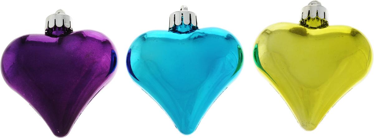 Украшение новогоднее подвесное Winter Wings Сердечки, цвет: салатовый, голубой, фиолетовый, 6 х 6 х 2 см, 3 штN180954Набор украшений Winter Wings Сердечки прекрасно подойдет для праздничного декора новогодней ели. Изделия выполнены из высококачественного пластика в форме сердца. Для удобного размещения на елке на украшениях предусмотрены веревочки.Елочная игрушка - символ Нового года. Она несет в себе волшебство и красоту праздника. Создайте в своем доме атмосферу веселья и радости, украшая новогоднюю елку нарядными игрушками, которые будут из года в год накапливать теплоту воспоминаний. Откройте для себя удивительный мир сказок и грез. Почувствуйте волшебные минуты ожидания праздника, создайте новогоднее настроение вашим дорогим и близким.
