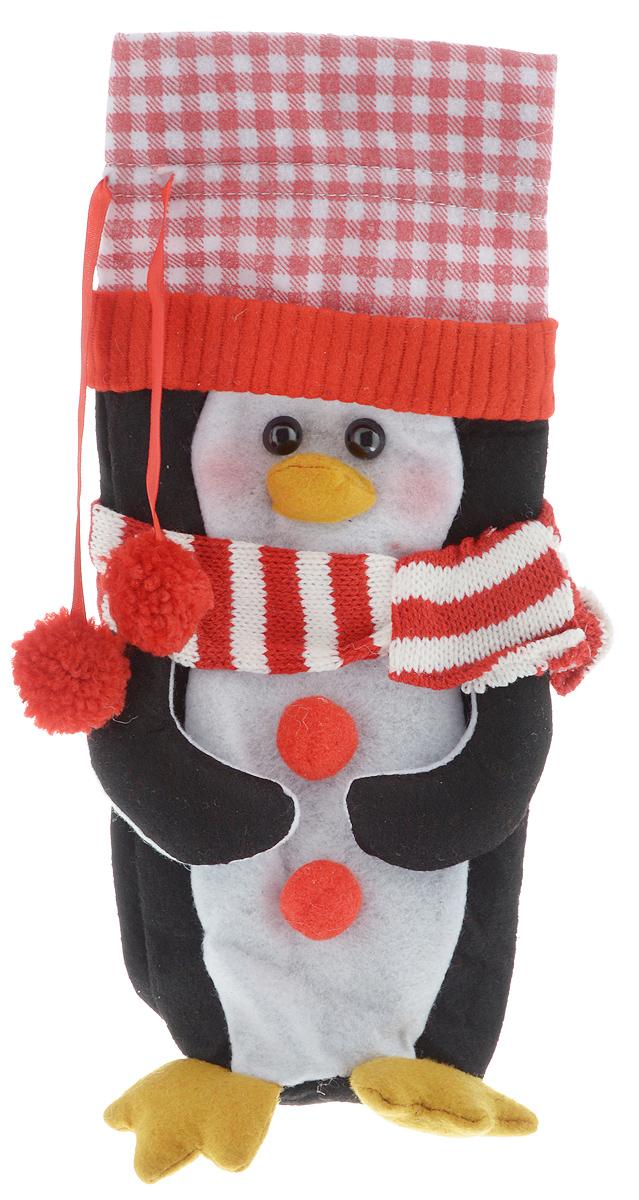 """Новогодний мешок на кулиске Winter Wings """"Пингвин"""",  выполненный из полиэстера, в виде пингвина с помпонами.  Этот аксессуар предназначен специально для красивого  оформления бутылки или служит дополнительным  элементом для  подарка.   Размер мешка: 13 х 28 см."""