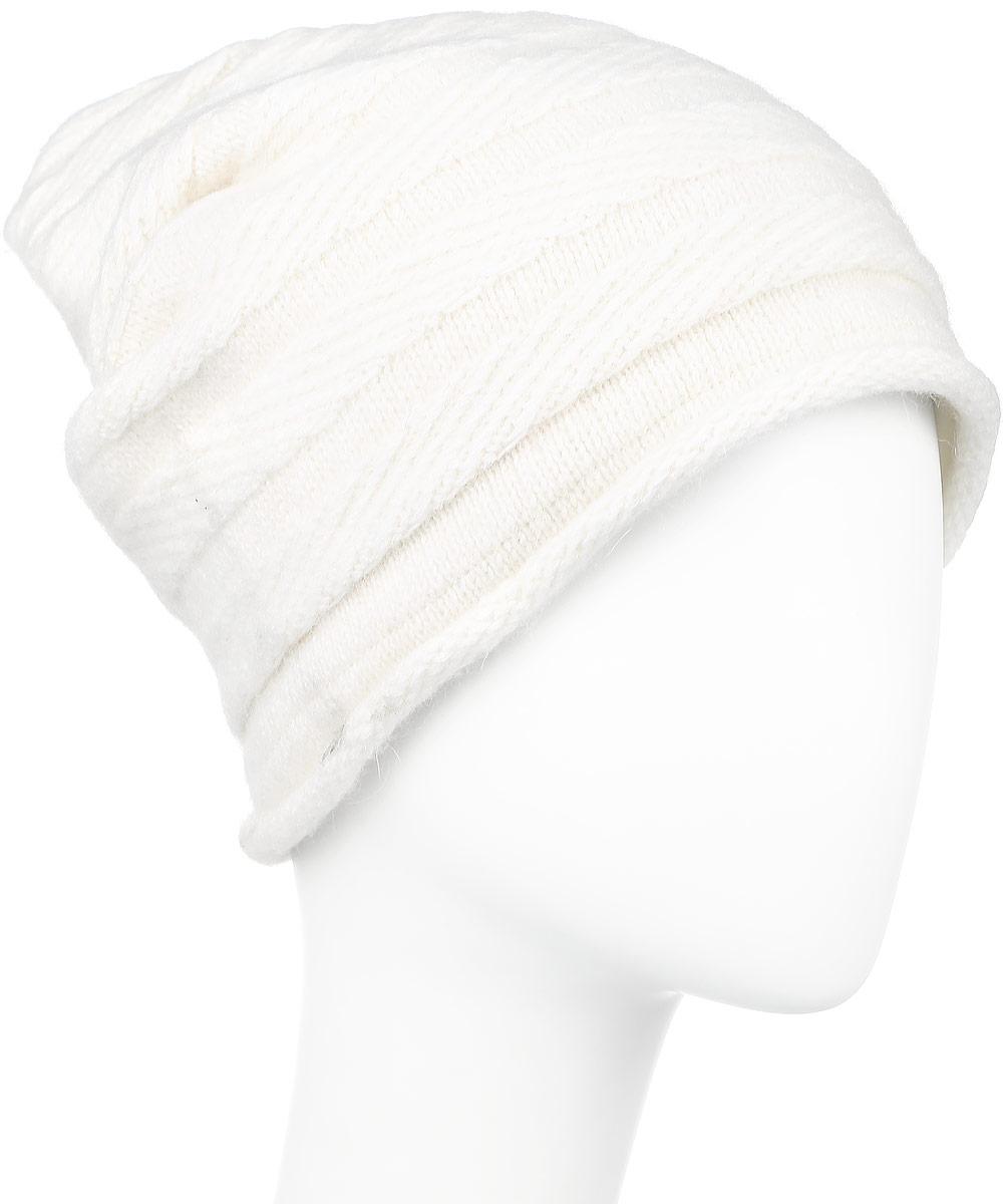 Шапка женская Finn Flare, цвет: молочный. W16-11129_711. Размер 56W16-11129_711Стильная женская шапка Finn Flare дополнит ваш наряд и не позволит вам замерзнуть в холодное время года. Шапка выполнена из высококачественной комбинированной пряжи, что позволяет ей великолепно сохранять тепло и обеспечивает высокую эластичность и удобство посадки. Изделие дополнено теплой подкладкой. Модель с удлиненной макушкой оформлена металлической эмблемой с логотипом производителя. Такая шапка станет модным и стильным дополнением вашего гардероба. Она согреет вас и позволит подчеркнуть свою индивидуальность! Уважаемые клиенты!Размер, доступный для заказа, является обхватом головы.