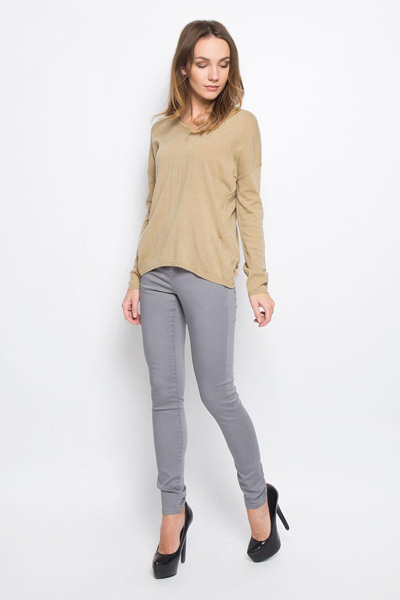 Пуловер женский Broadway Raygan, цвет: коричневый. 10156854_708. Размер L (48)10156854_708Стильный женский пуловер, выполненный из полиакрила и нейлона с добавлением шерсти, отлично подойдет для прохладной погоды. Модель с V-образным вырезом горловины и длинными рукавами оформлена декоративными швами. Низ изделия и манжеты рукавов связаны резинкой.