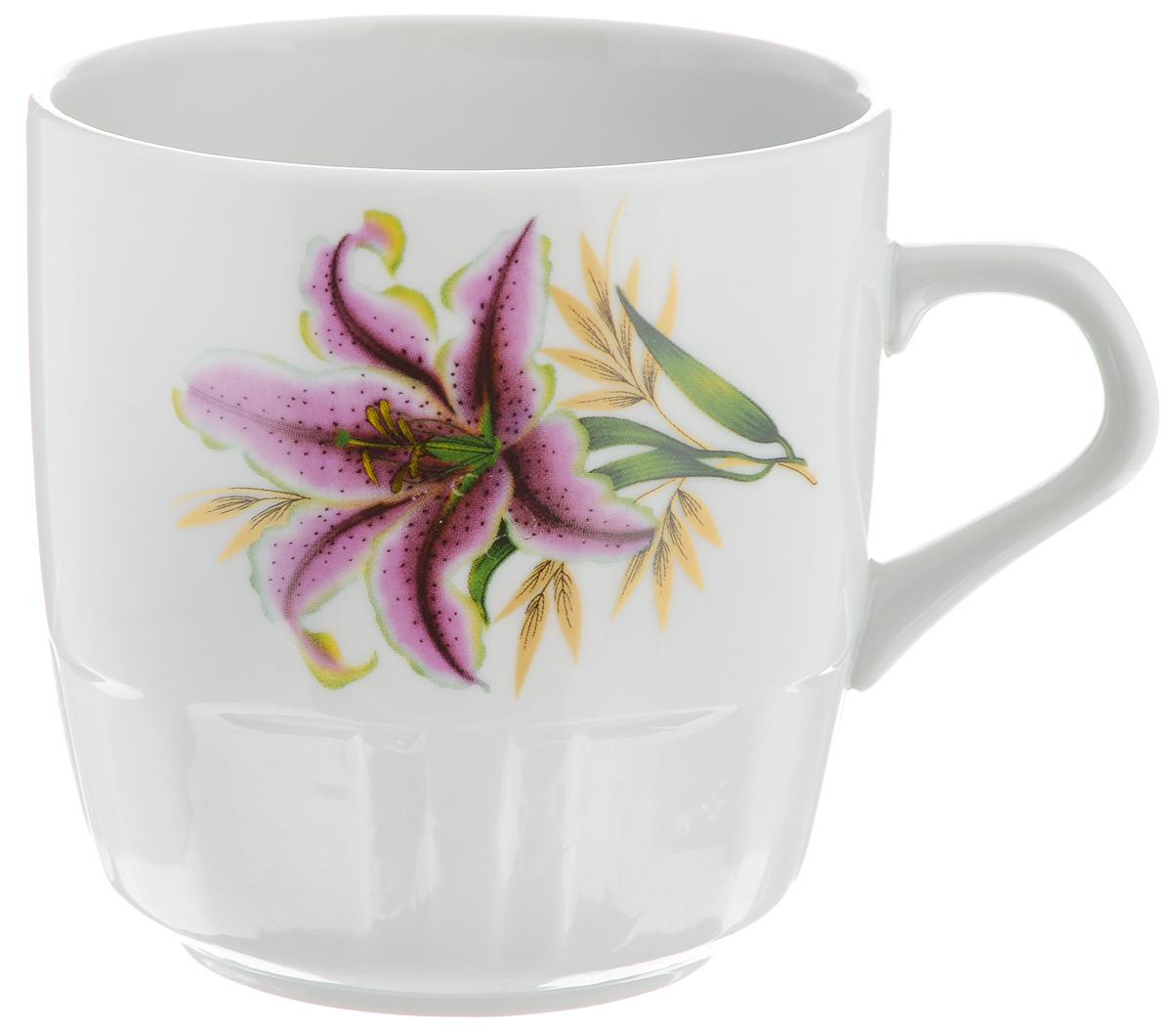 Кружка Фарфор Вербилок Розовая лилия, 250 мл5811990Красивая кружка Фарфор Вербилок Розовая лилия способна скрасить любое чаепитие. Изделие выполнено из высококачественного фарфора. Посуда из такого материала позволяет сохранить истинный вкус напитка, а также помогает ему дольше оставаться теплым.Объем кружки: 250 мл.Диаметр по верхнему краю: 8 см.Диаметр основания: 5,2 см.Высота кружки: 8,5 см.