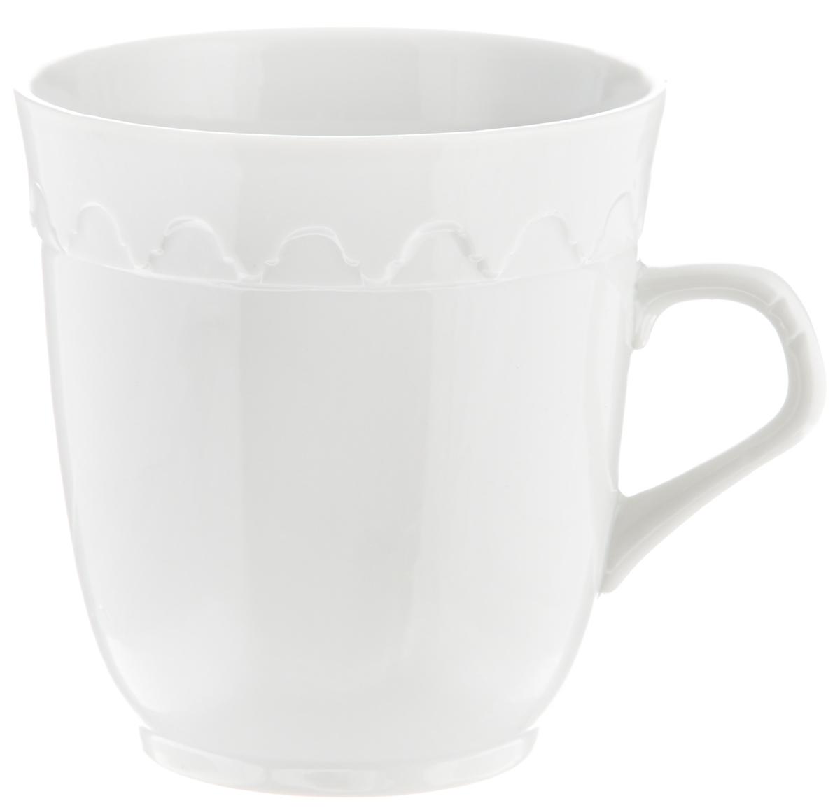 Кружка Фарфор Вербилок Арабеска, 250 мл2432000БКрасивая кружка Фарфор Вербилок Арабеска способна скрасить любое чаепитие. Изделие выполнено из высококачественного фарфора и украшено рельефом. Посуда из такого материала позволяет сохранить истинный вкус напитка, а также помогает ему дольше оставаться теплым.Объем кружки: 250 мл.Диаметр по верхнему краю: 8,5 см.Диаметр основания: 5,5 см.Высота кружки: 9 см.