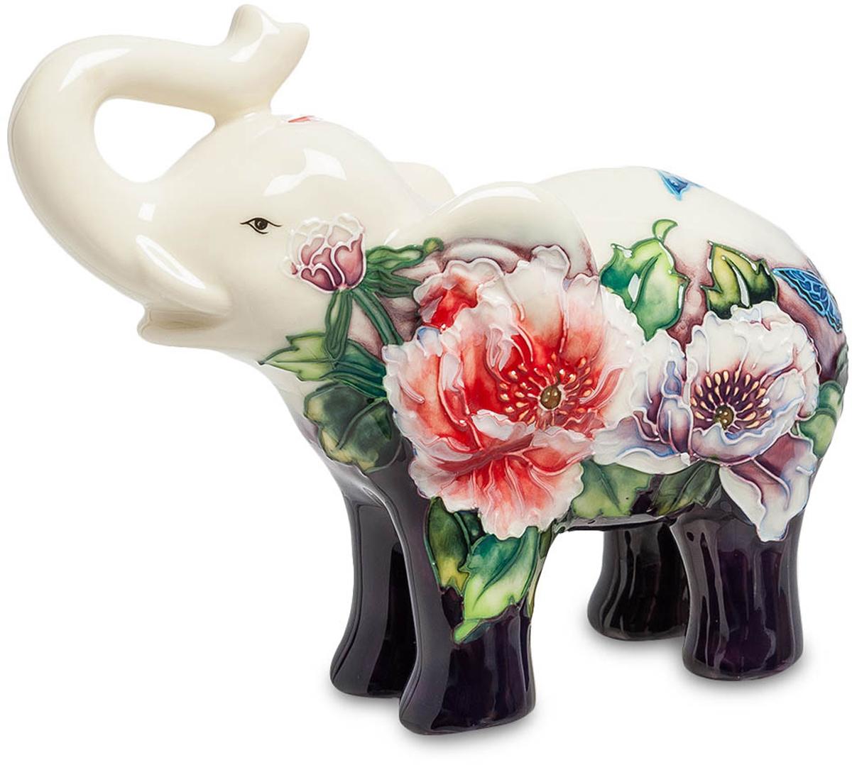 Статуэтка Pavone Слон, цвет: мультиколор. JP-247/ 8JP-247/ 8Статуэтка Pavone Слон выполнена из фарфора, длиной 17 см. Слон - символ мудрости, проницательности, доброжелательности и долголетия. Этот презент подойдёт абсолютно каждому!