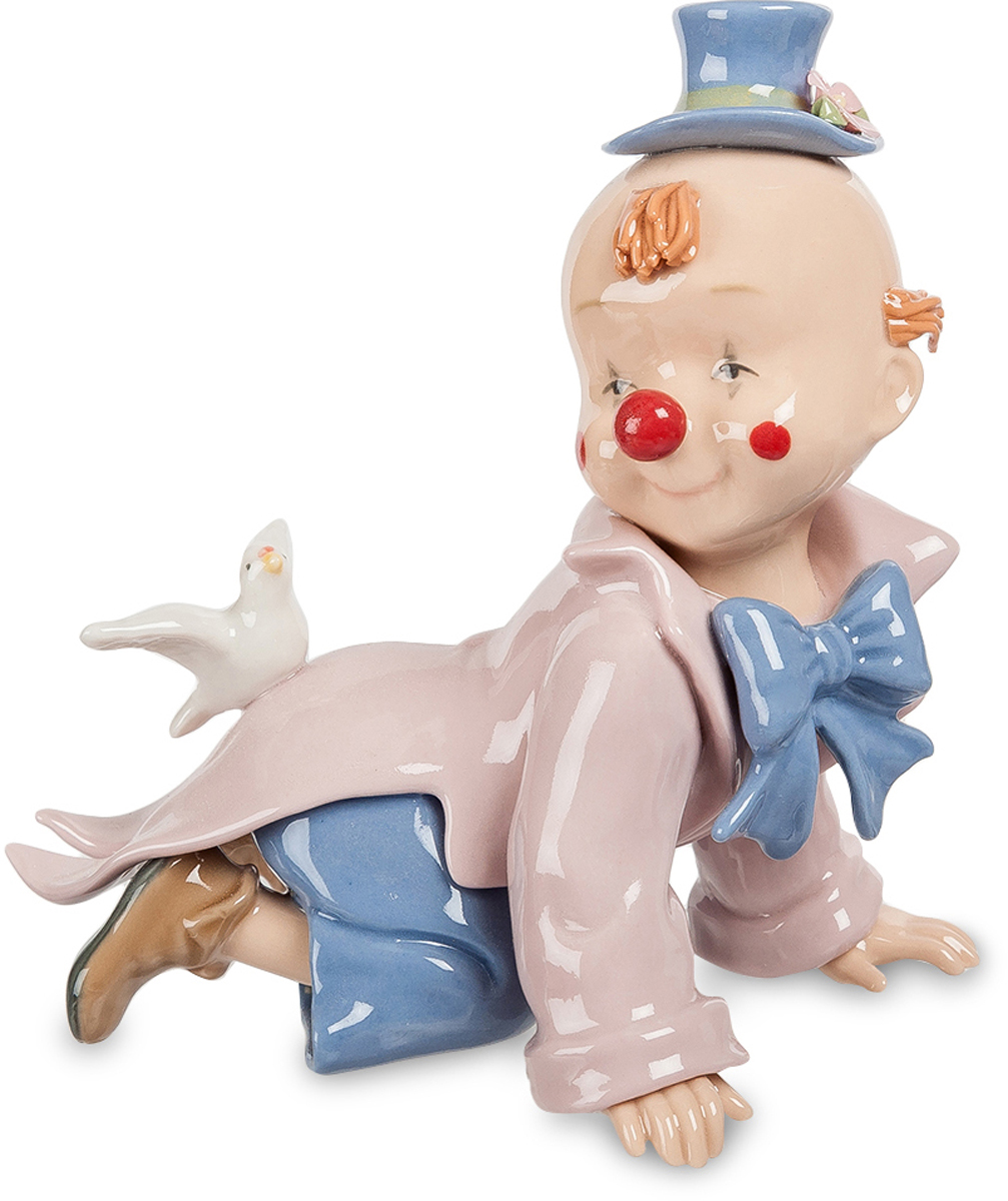 Фигурка Pavone Клоун. CMS-23/46CMS-23/46Фигурка Клоун (Pavone) Фигурки и статуэтки должны не только украшать интерьер, но и дарить своим владельцам радость и счастье. Например, как фигурка Клоун, входящая в коллекцию торговой марки Pavone. Среди тысяч других подобных интерьерных украшений эту фигурку выделяет чрезвычайная утонченность, легкость и оригинальность. Героем этой композиции является милый малыш, одетый в яркий клоунский фрак и шляпу. На спине у малыша сидит белоснежный голубь, который словно охраняет и оберегает его.Фигурка Клоун, изготовленная из тонкого фарфора, расписана нежной розово-голубой цветовой гаммой. Благодаря удачному цветовому сочетанию и невероятно привлекательному дизайну это изделие станет достойным подарком к любому жизненному празднику и прекрасным интерьерным украшением.