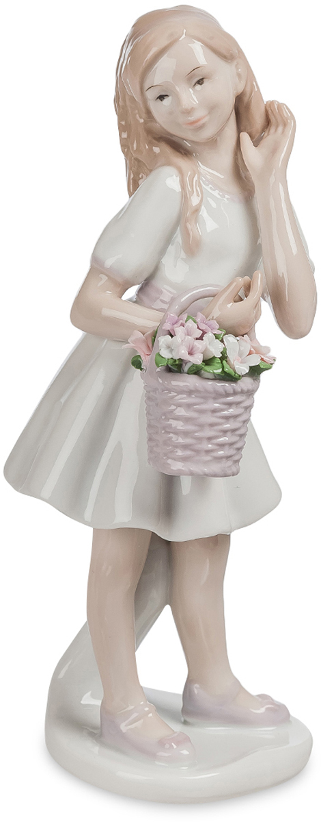 Фигурка Pavone Девочка-кокетка. JP-42/23JP-42/23Фигурка ДевочкиШикарный подарок для сестры, подруги или мамы – статуэтка Девочка-кокетка. Изготовлена фигурка из фарфора. Белый цвет приятен взгляду и вызывает только светлые мысли и положительные эмоции. Букет в корзине, выполненный в розовых оттенках, напомнит вам о весне и цветении, о пробуждении всего живого. Чувственность, легкость и кокетство воплотились в статуэтке.Сувенир подойдет любому стилю и интерьеру в доме. Такая деталь займет достойное место на женском комоде или полочке. Воплощение женственности, флирта и искренности – все это идеально подходит, чтобы описать фигуру.