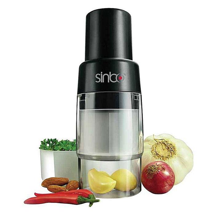 Sinbo STO 6506, Black измельчительSTO 6506Sinbo STO 6506 - идеальный механический прибор для измельчения орехов, имбиря, чеснока, лука, грибов, твердых сортов сыра, яиц, перца и разнообразных трав. Данная модель быстро измельчит, нарежет, порубит любые овощи, а также избавит ваши руки от прямого контакта с луком и чесноком.