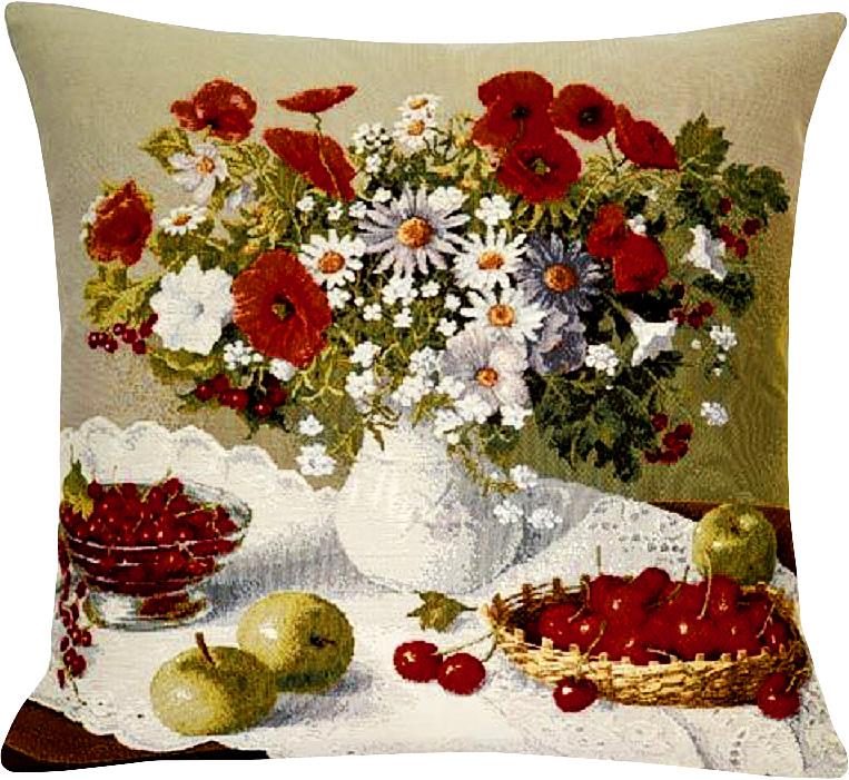 Подушка декоративная Рапира Цветы и ягоды, 45 х 45 см4056/1Декоративная гобеленовая подушка Рапира невероятно мягкая и приятная на ощупь. Съемный чехол подушки дополнен оригинальным рисунком и снабжен молнией. Лицевая сторона изготовлена из гобелена (жаккардовое ткачество, 100% хлопок), оборотная сторона - однотонная ткань типа плюш, выполненная из полиэфира. В качестве наполнителя используется холлофайбер. Такая подушка станет приятным дополнением к интерьеру любой комнаты.
