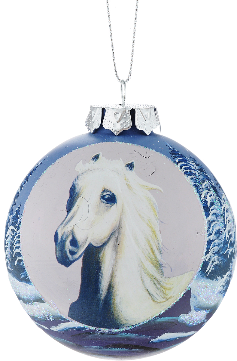 Украшение новогоднее подвесное Winter Wings Лошадь, диаметр 8 см. N079070N079070Новогоднее подвесное украшение Winter Wings Лошадь выполнено из стекла в виде шара с изображением лошади. С помощью специальной петельки украшение можно повесить в любом понравившемся вам месте. Но, конечно, удачнее всего оно будет смотреться на праздничной елке.Елочная игрушка - символ Нового года. Она несет в себе волшебство и красоту праздника. Создайте в своем доме атмосферу веселья и радости, украшая новогоднюю елку нарядными игрушками, которые будут из года в год накапливать теплоту воспоминаний.