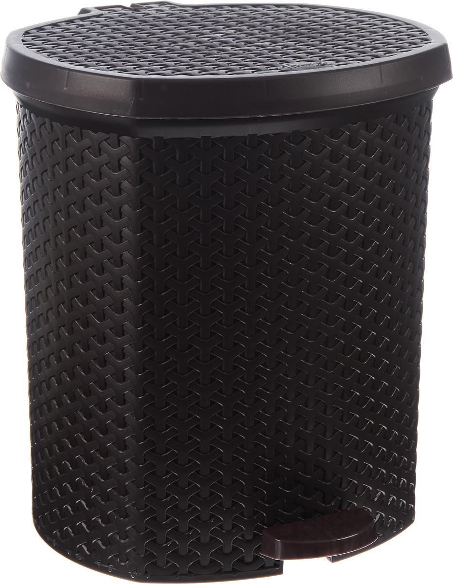 Контейнер для мусора Magnolia Home, с педалью, цвет: коричневый, 21 л3703Мусорный контейнер Magnolia Home очень удобен в использовании как дома, так и в офисе. Изделие, выполненное из прочного пластика, не боится ударов. Контейнер оснащен педалью, с помощью которой можно открытькрышку. Закрывается крышка практически бесшумно, плотно прилегает, предотвращаяраспространение запаха. Внутри пластиковая емкость для мусора, которую при необходимости можно достать из контейнера. Интересный дизайн разнообразит интерьер кухни и сделает его более оригинальным.Высота контейнера: 39 см.