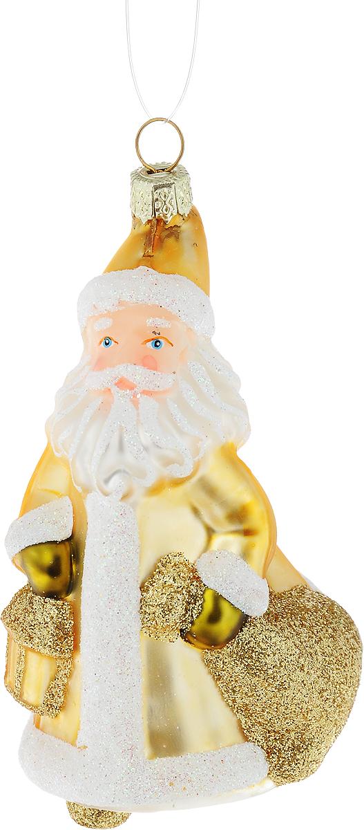 Украшение новогоднее подвесное Winter Wings Дед Мороз с фонариком, высота 10 смN07613Новогоднее подвесное украшение Winter Wings Дед Мороз с фонариком выполнено из стекла в виде Деда Мороза и украшено блестками. С помощью специальной петельки украшение можно повесить в любом понравившемся вам месте. Но, конечно, удачнее всего оно будет смотреться на праздничной елке.Елочная игрушка - символ Нового года. Она несет в себе волшебство и красоту праздника. Создайте в своем доме атмосферу веселья и радости, украшая новогоднюю елку нарядными игрушками, которые будут из года в год накапливать теплоту воспоминаний.