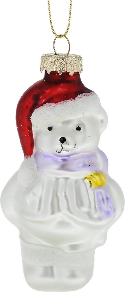 Украшение новогоднее подвесное Winter Wings Мишка, высота 10 смN07579Новогоднее подвесное украшение Winter Wings Мишка выполнено из стекла в виде фигуры медведя и украшено блестками. С помощью специальной петельки украшение можно повесить в любом понравившемся вам месте. Но, конечно, удачнее всего оно будет смотреться на праздничной елке.Елочная игрушка - символ Нового года. Она несет в себе волшебство и красоту праздника. Создайте в своем доме атмосферу веселья и радости, украшая новогоднюю елку нарядными игрушками, которые будут из года в год накапливать теплоту воспоминаний.